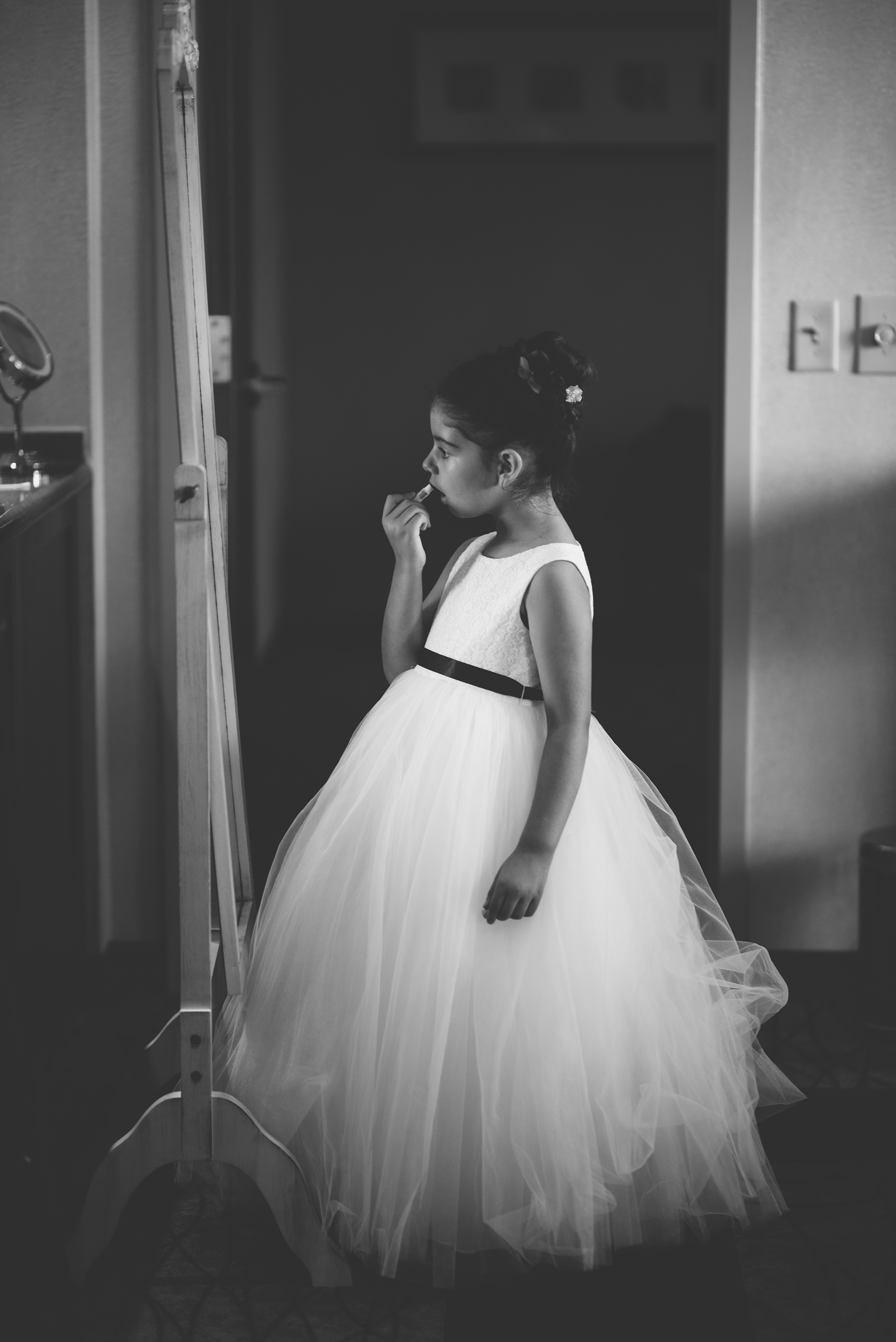 candid wedding photographer in columbus