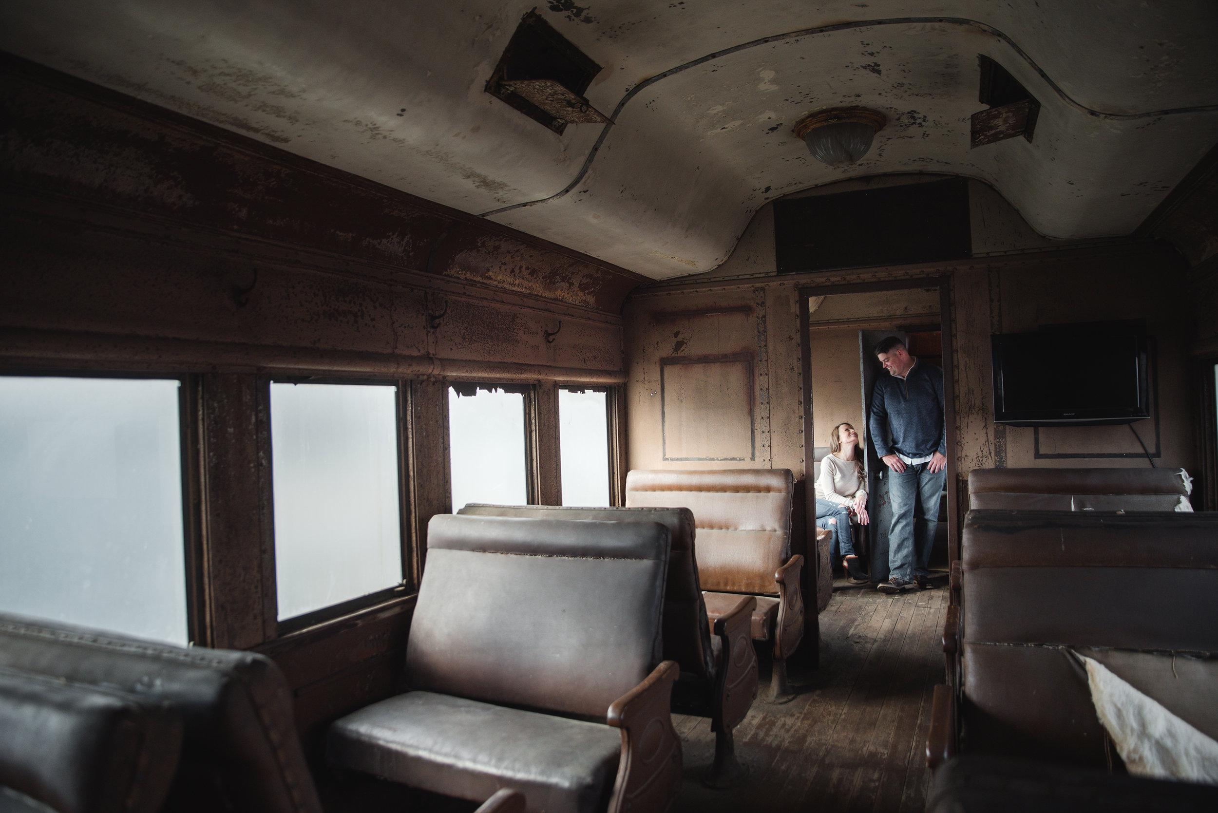couple photo shoot on train