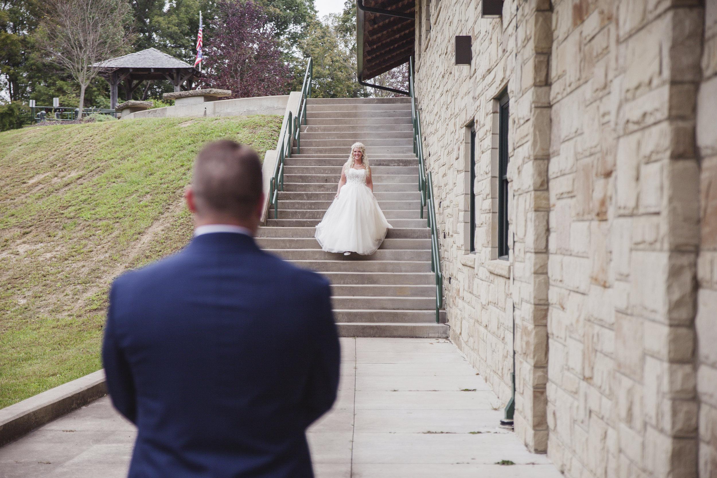 hocking hills wedding photographer