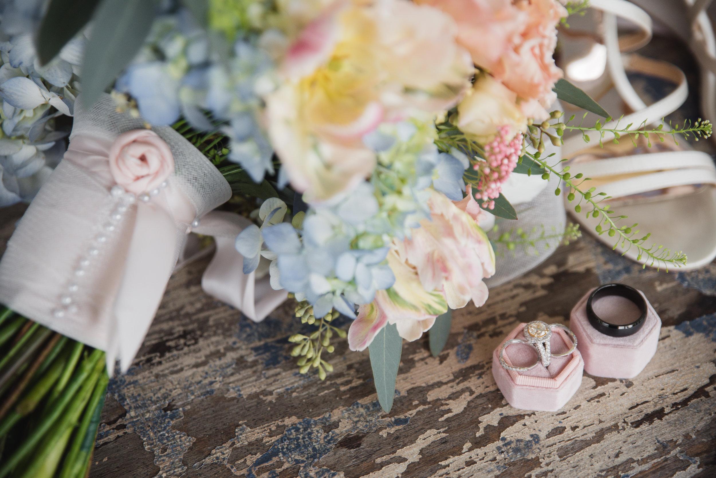 wedding flowers at jorgensen farms