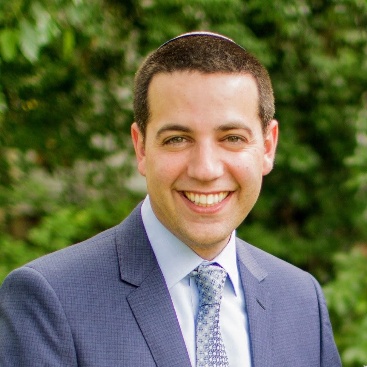 Rabbi Tavi Koslowe - Judaic Studies Principal