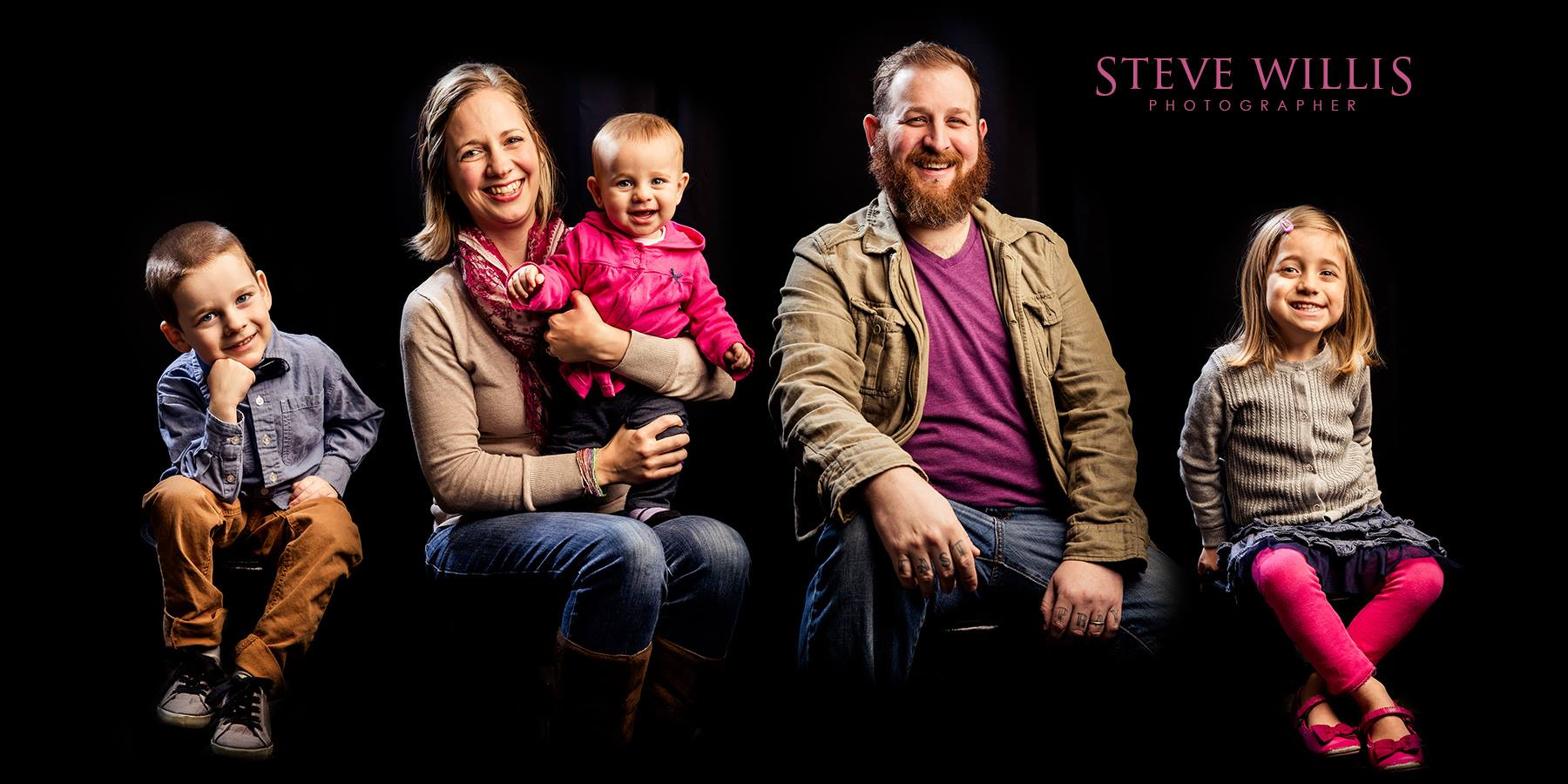 Nathan and Rachel Panke met and were married in Kansas City where they served together on staff and the leadership team at the  International House of Prayer  for 10 years. Both of them served in various roles including leading worship teams, children's ministry, healing and prophecy teams while on staff.  In 2015 Nathan returned to his home town, St. Louis, with wife Rachel and their 3 children Jed, Adaya, and Kyndle. They now serve in leadership roles at  Southgate Church  as well as the  Gateway House of Prayer .  In 2018 they founded Modern Psalmist as means of demystifying prophetic/spontaneous worship by training in most basic techniques and concepts needed to flow in expressing the impressions of the Holy Spirit.  Nathan and Rachel are fervent about sharing on prayer, worship, and the passionate heart of God to this generation.
