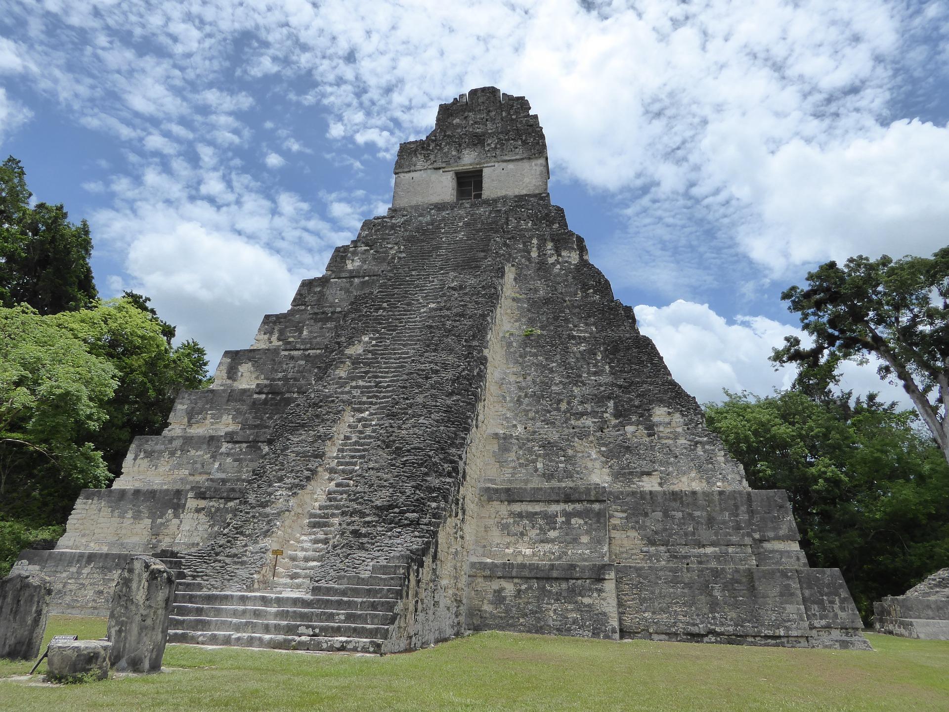 pyramid-maya-tikal-guatemala.jpg