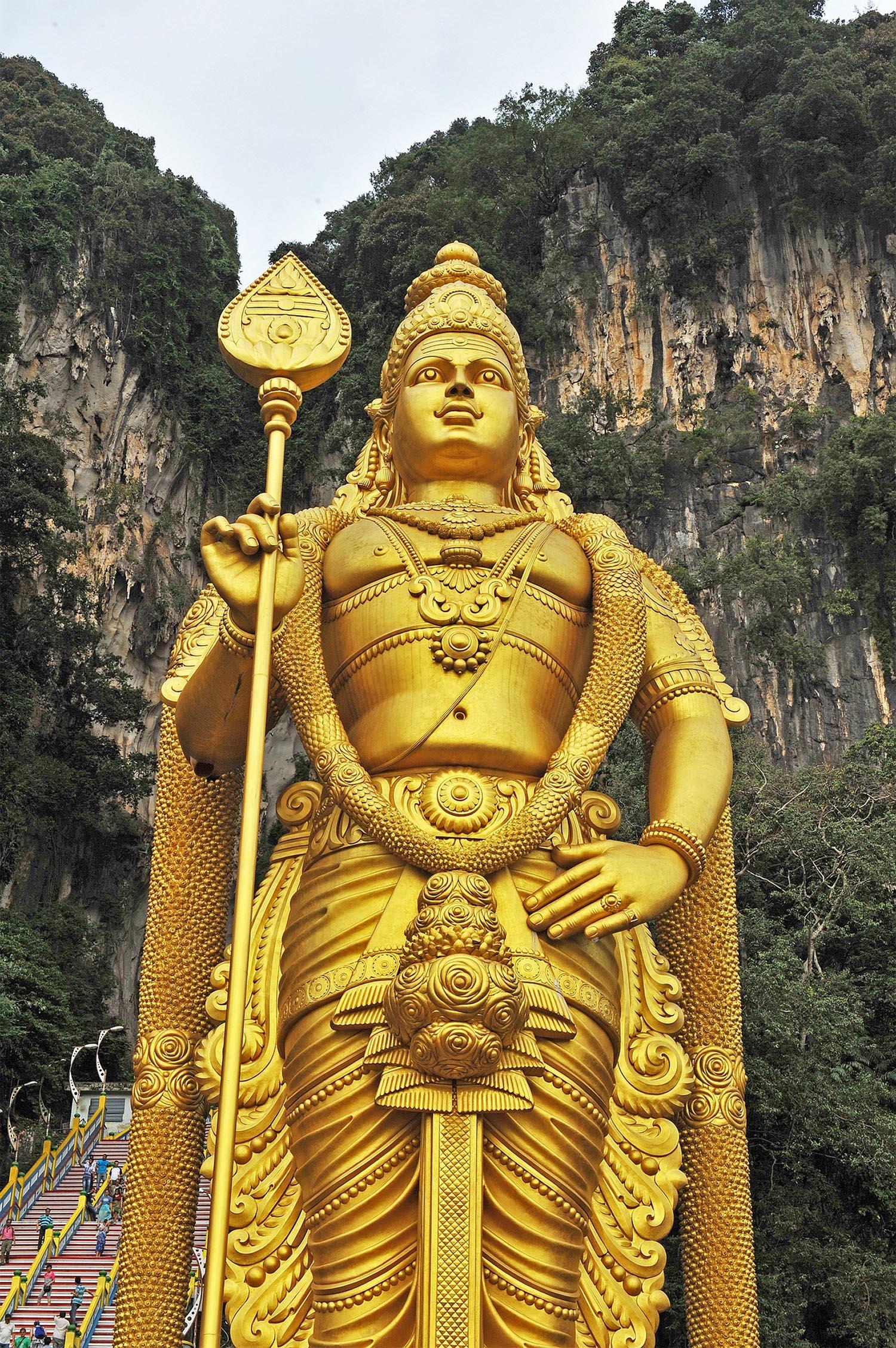 malaysia-2107156_1920-sm.jpg
