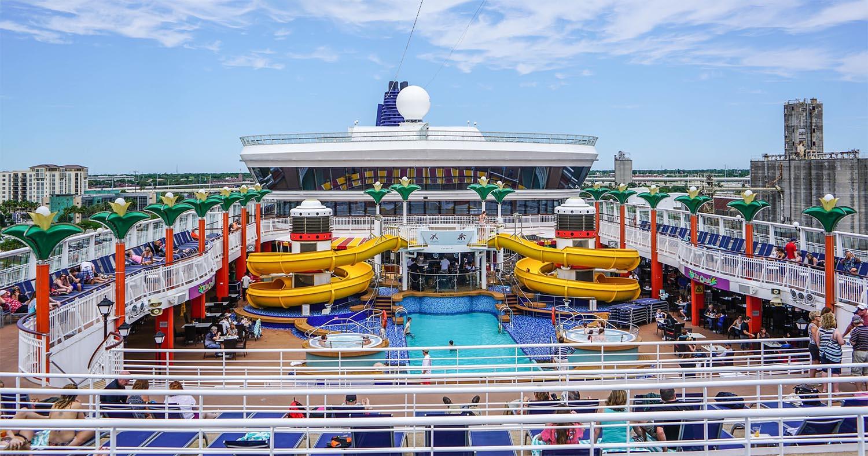 cruise-ship-1326079_1920-sm.jpg