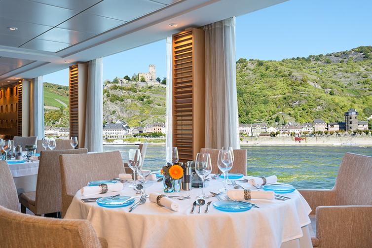 Longships_Hlin_Restaurant_Castle_6817_754x503_tcm21-76546.jpg
