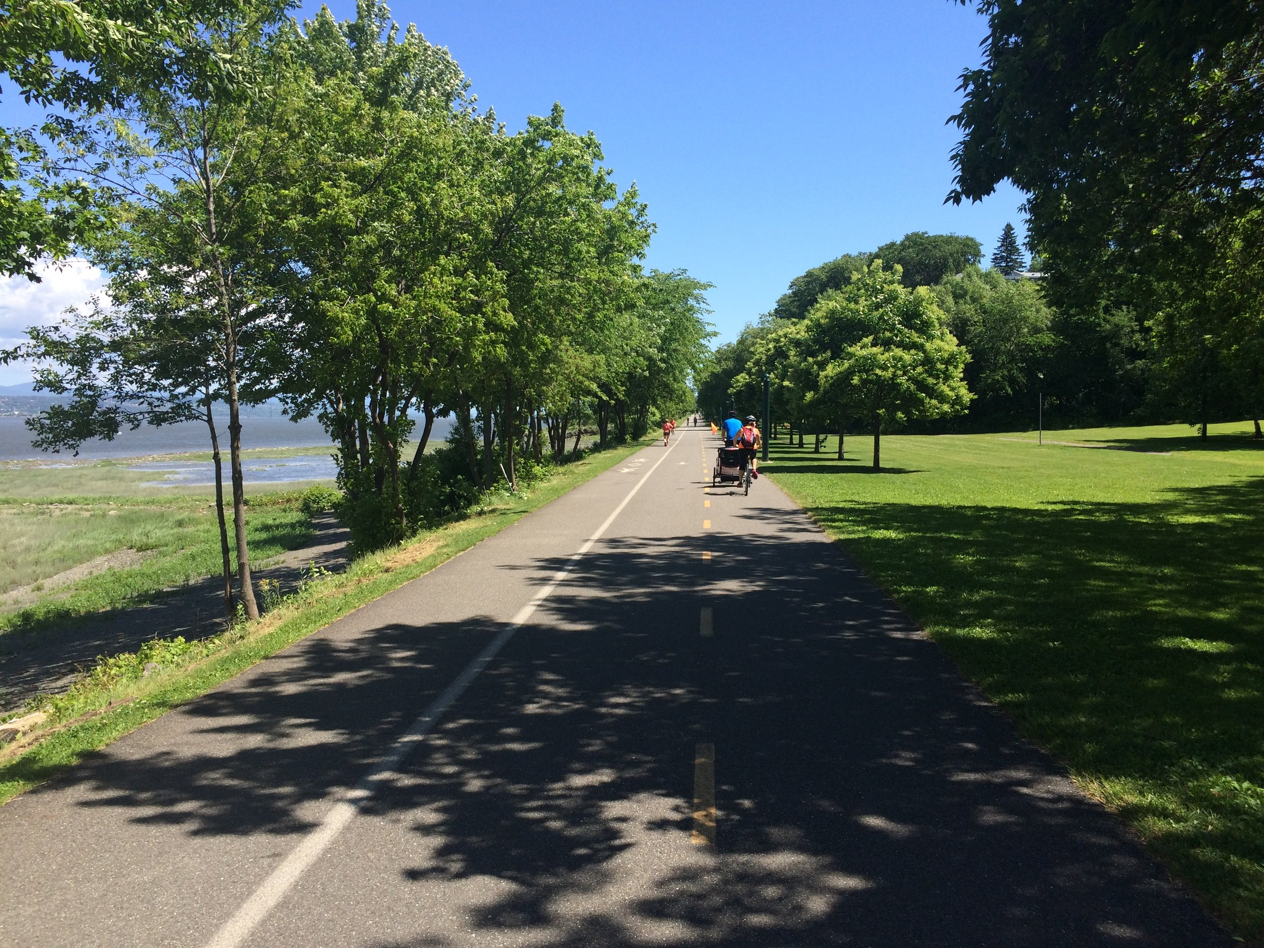 Quebec seems to have been designed for bikers - I'm going to really miss these paths