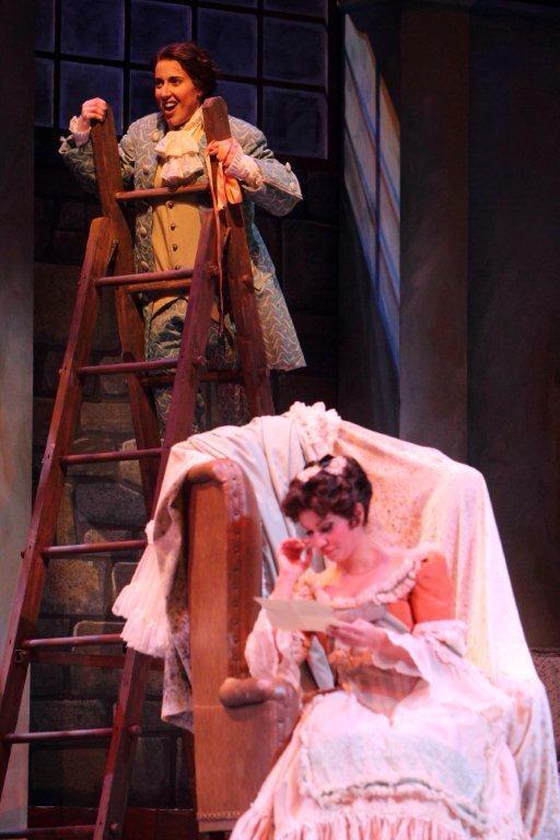 Cherubino ( Le nozze di Figaro ) at Dayton Opera, with Zulimar Lopez as Susanna (Credit: Scott Kimmins)