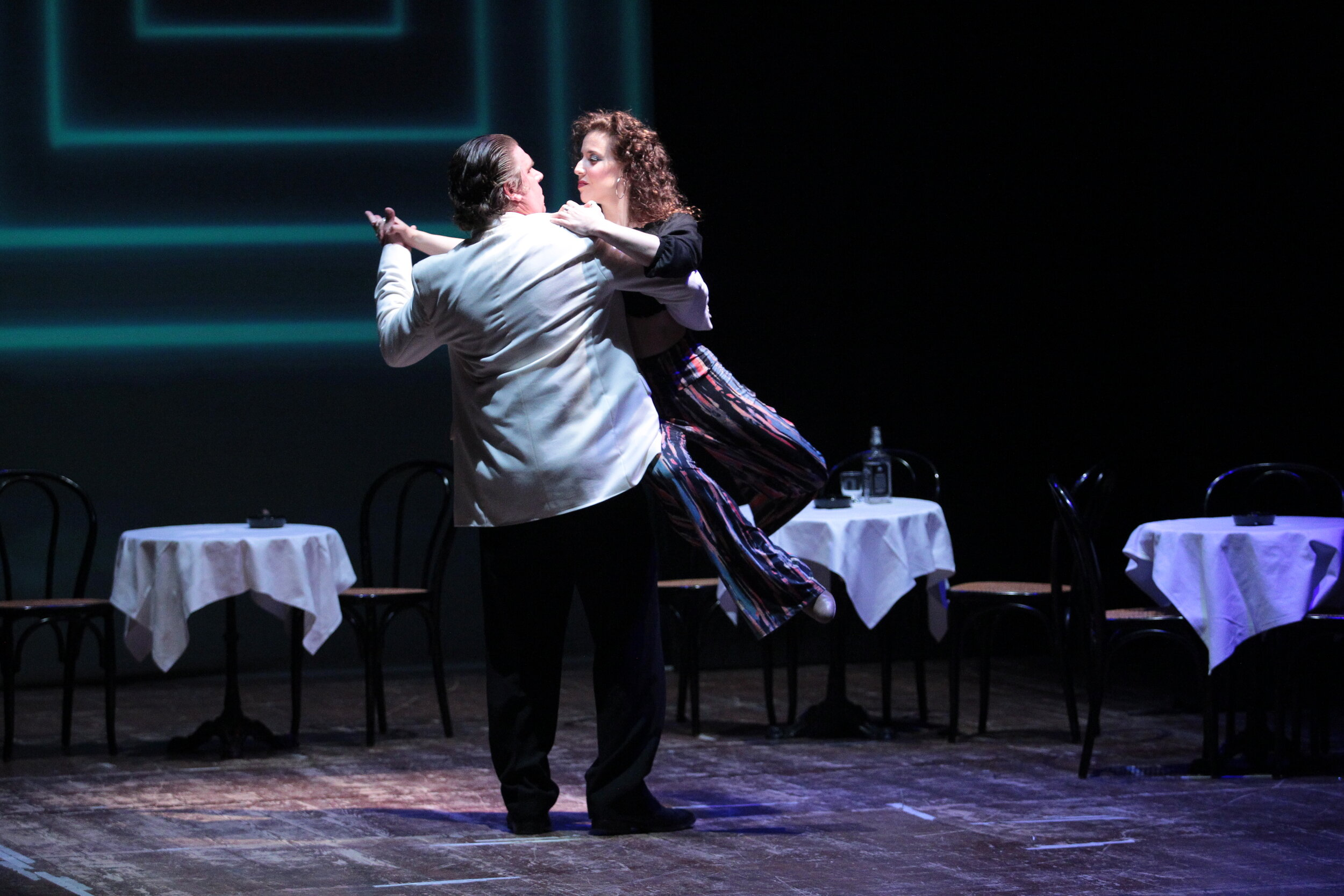 Carmen dances with Escamillo