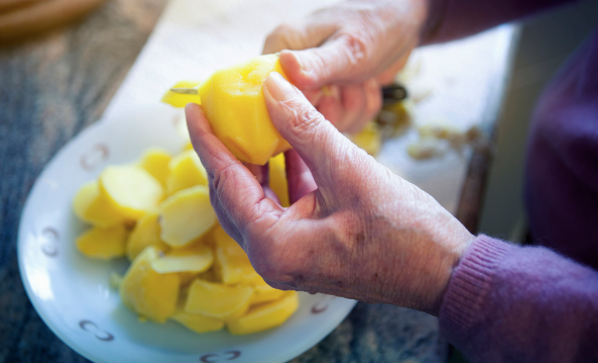 Ask the Expert: Should I Eat Differently As I Age? -