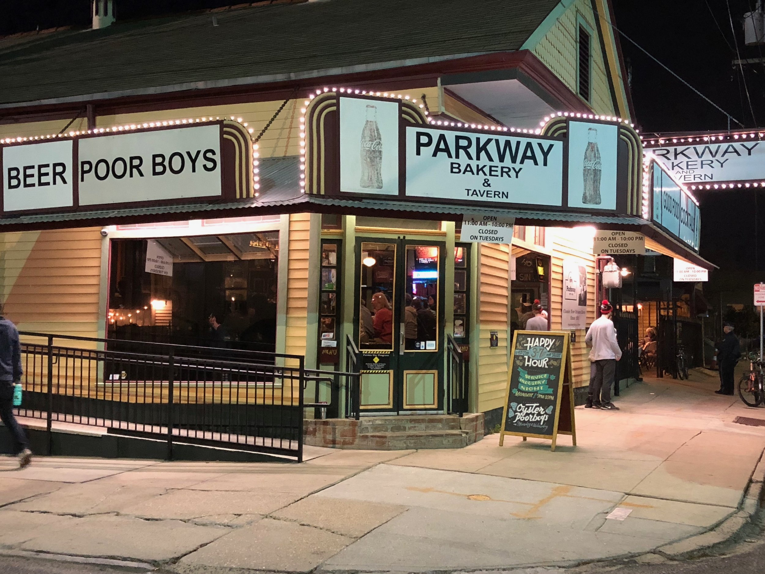 Parkway Bakery