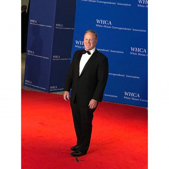 Former White House Press Secretary Sean Spicer arrives. He smiled and waved at the press as his photo was taken. (Rebecca Gibian/RealClearLife).