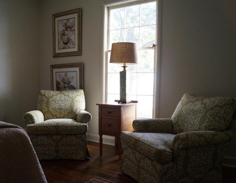 phillips_johnston_interior_design_memphis_guest_bedroom_2.JPG