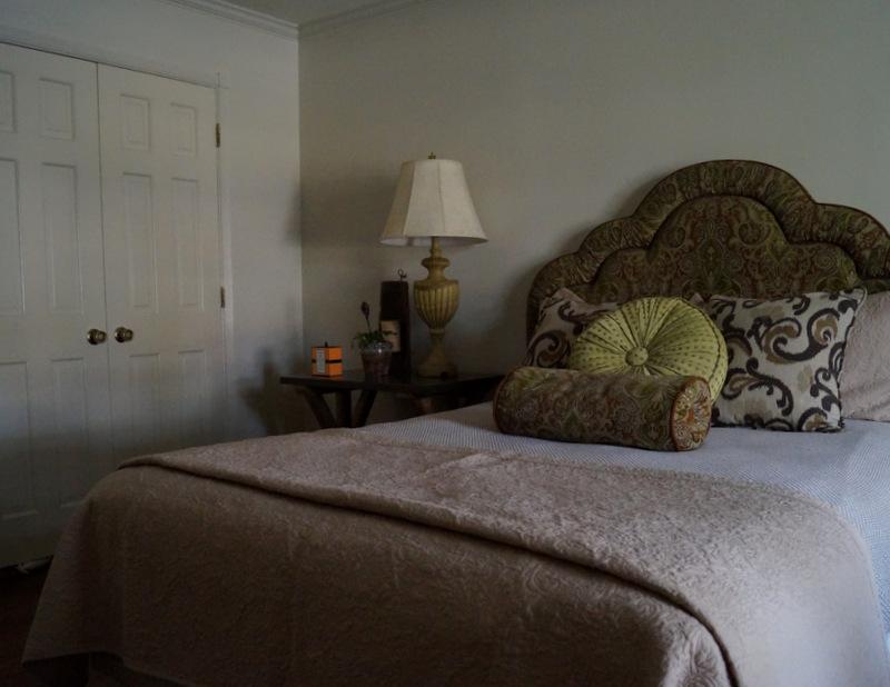 phillips_johnston_interior_design_memphis_guest_bedroom_4.JPG