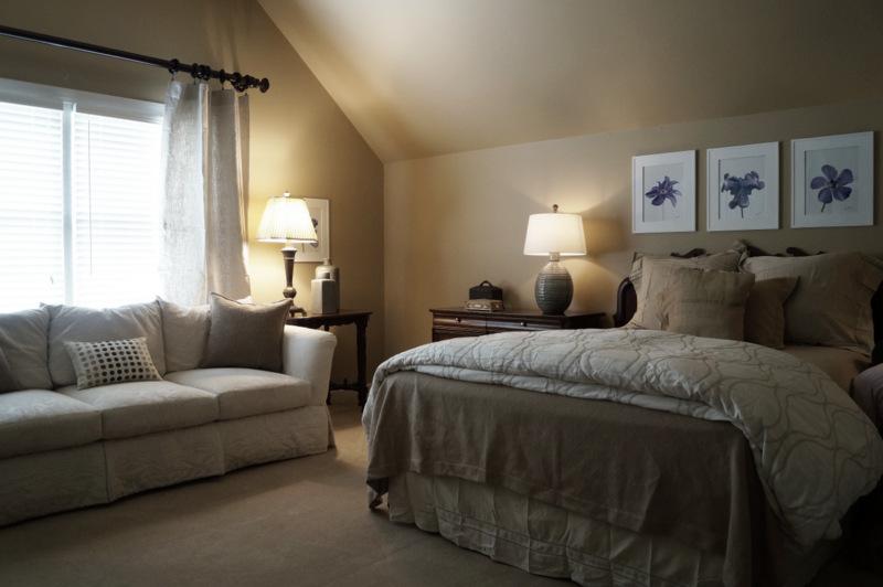 phillips_johnston_interior_design_french_mnodern_guest_bedroom.JPG