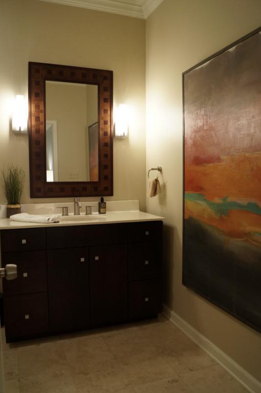 phillips_johnston_interior_design_heights_guest_bath.JPG