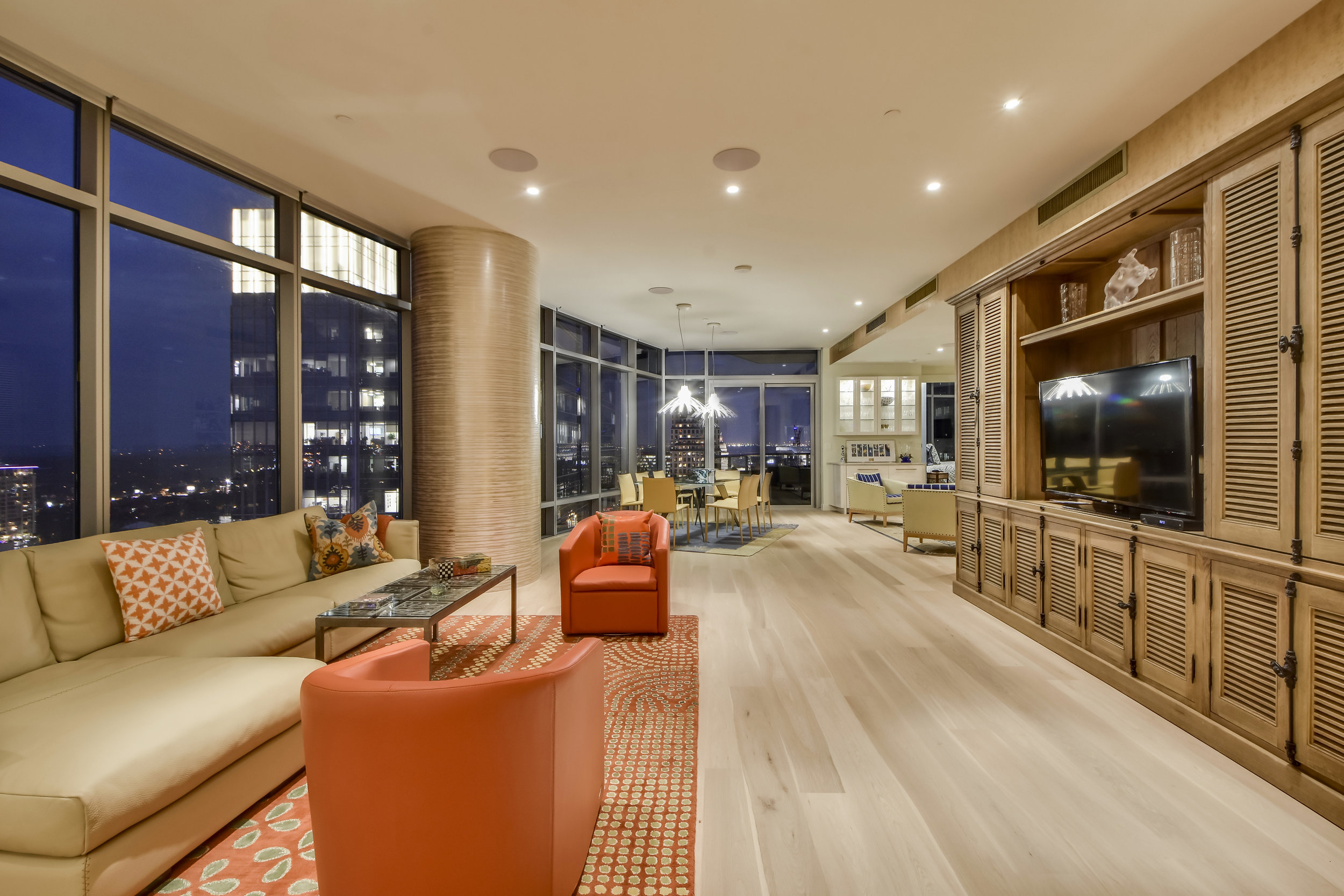 200 congress avenue, #28nw - Offered for $2,899,000
