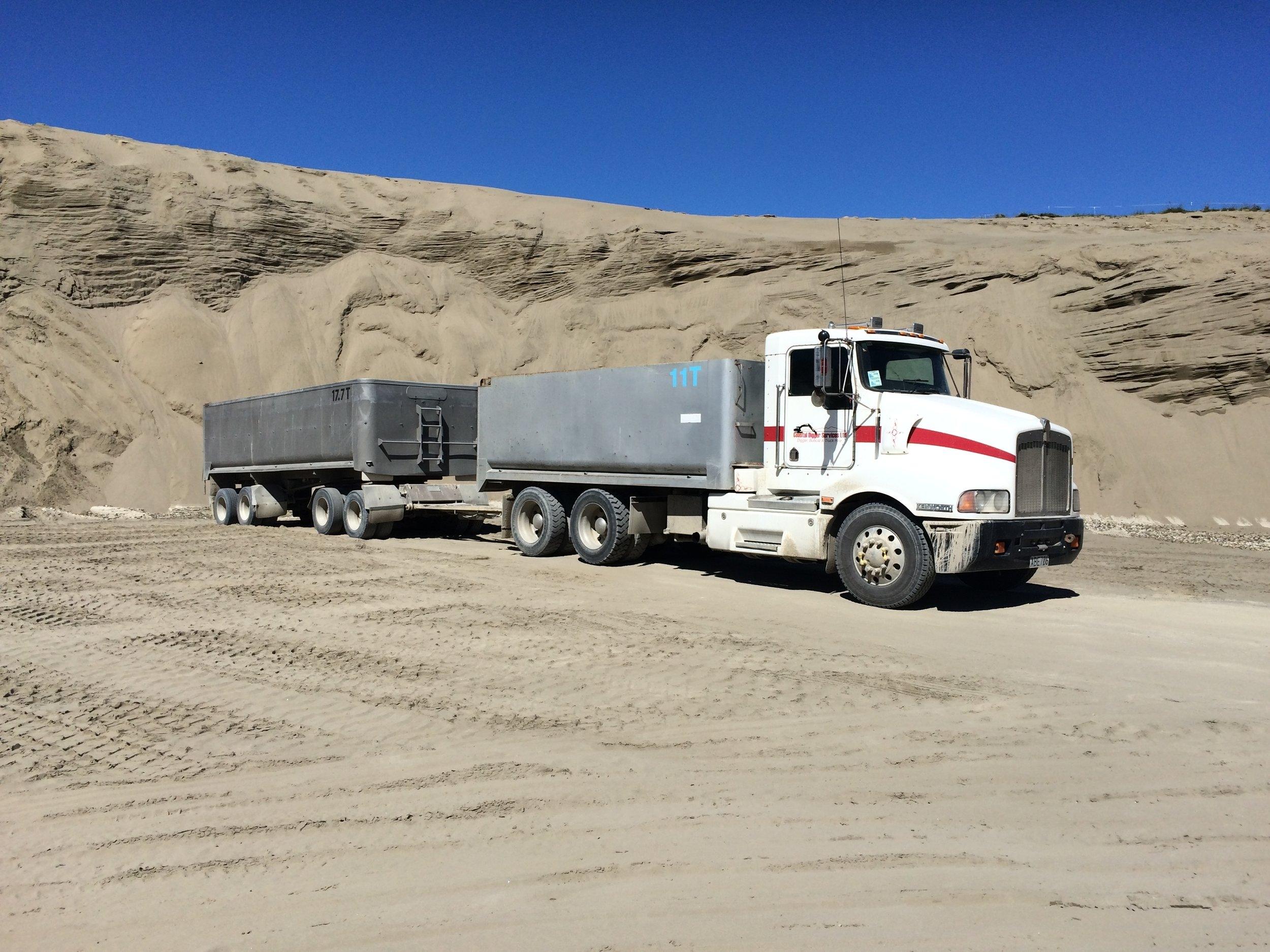 Truck & Trailer Hire
