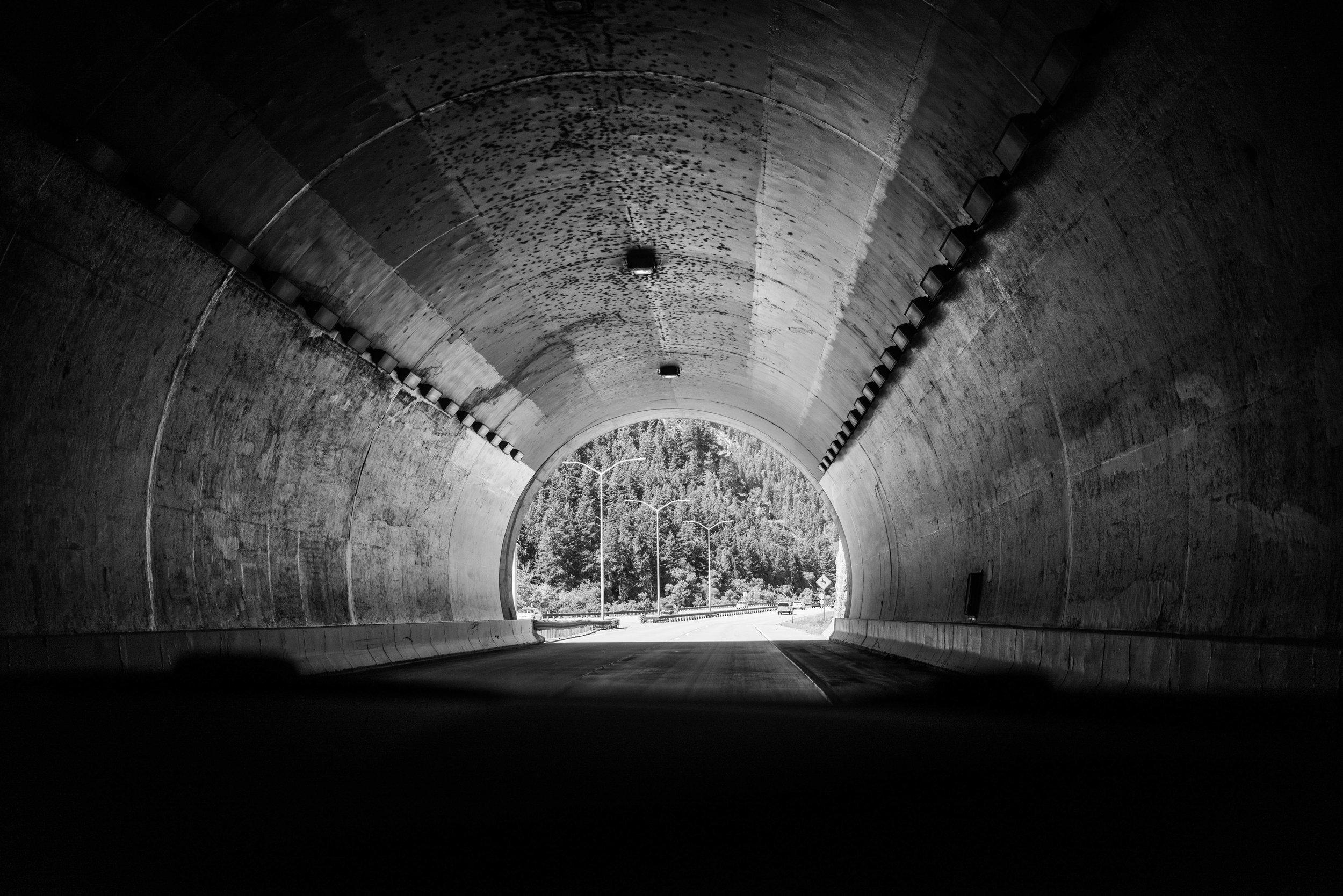 PARKER-AT-SHOOTS-Sadie_Banks_Photography-12.jpg