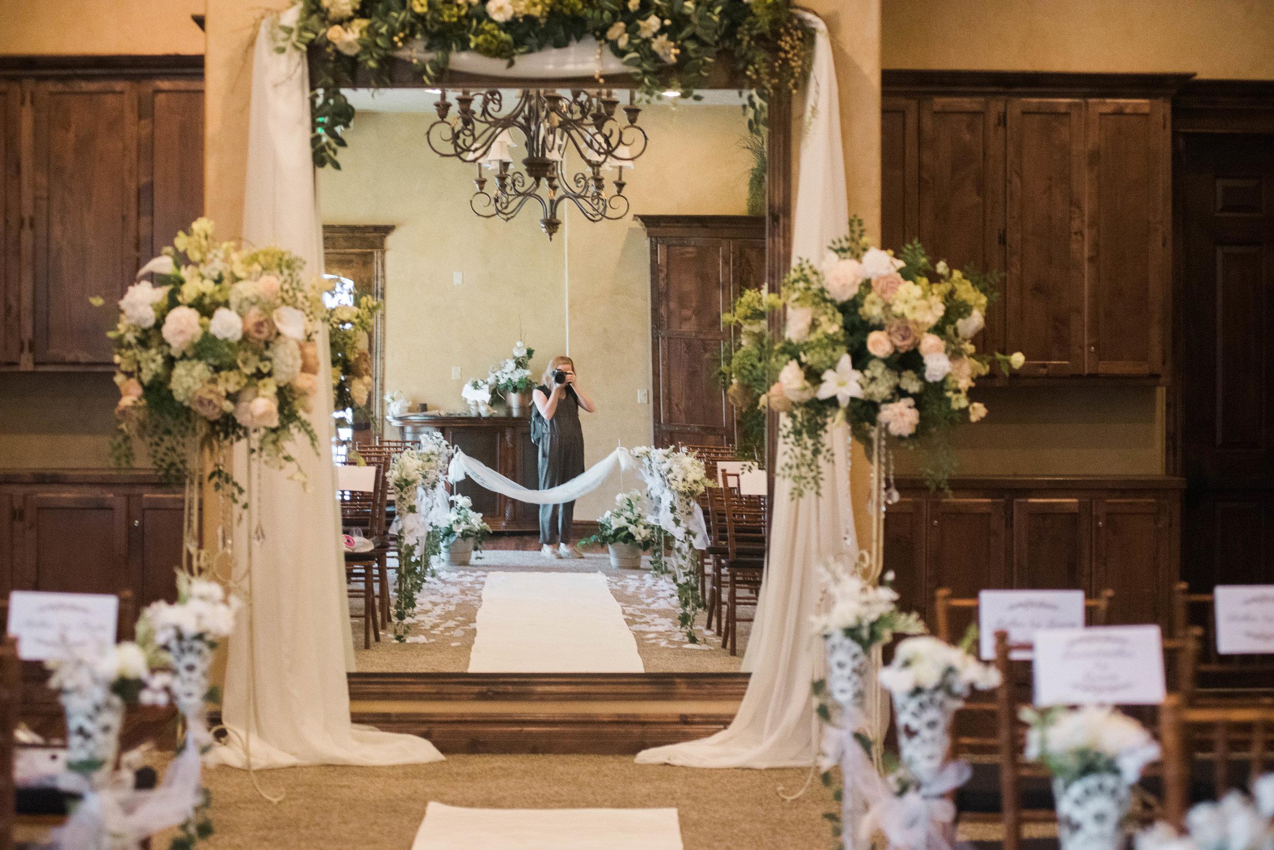 DANIEL+LACI-WEDDING-Sadie_Banks_Photography-14.jpg