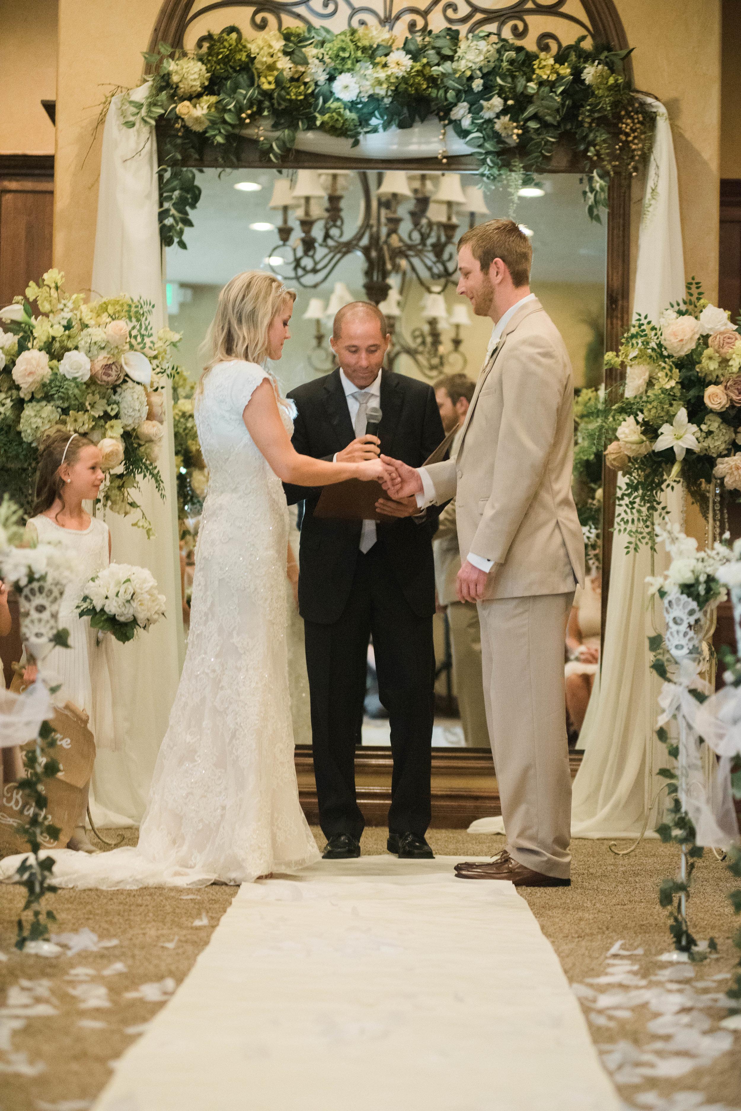 DANIEL+LACI-WEDDING-Sadie_Banks_Photography-185.jpg