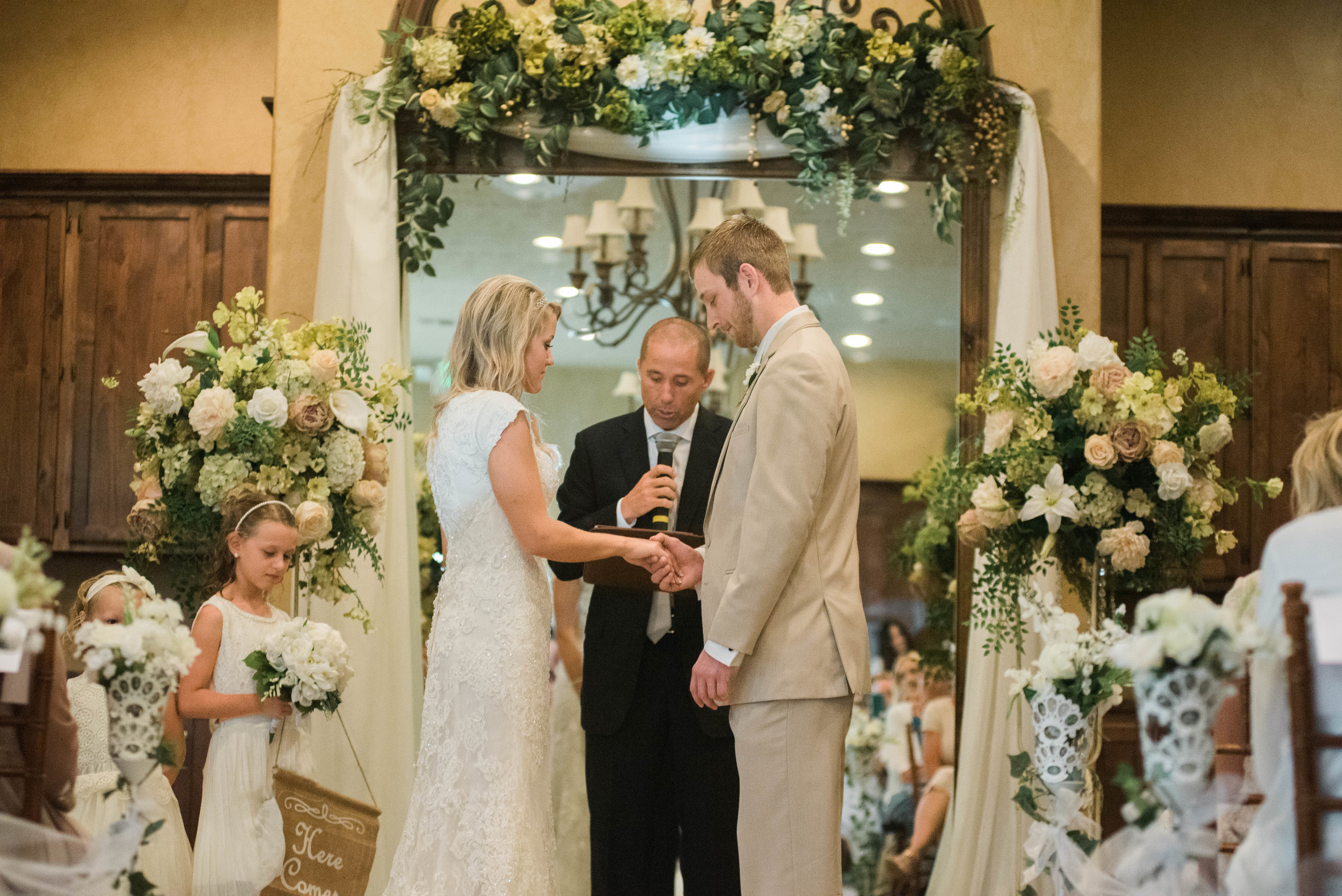 DANIEL+LACI-WEDDING-Sadie_Banks_Photography-213.jpg