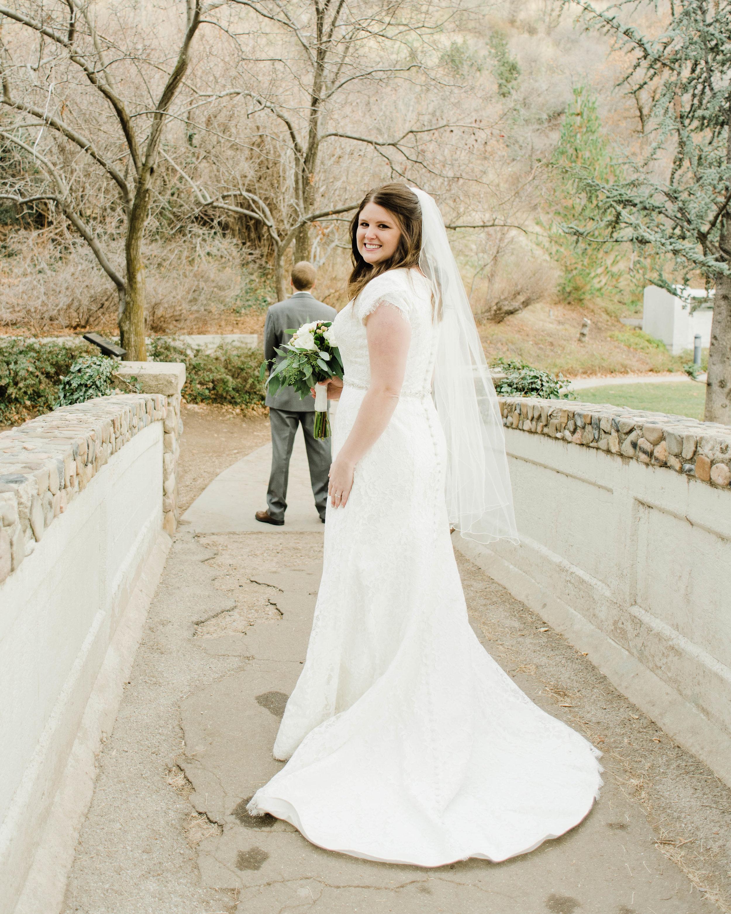LINDSAY+BRAD-BRIDALS-Sadie_Banks_Photography-8.jpg