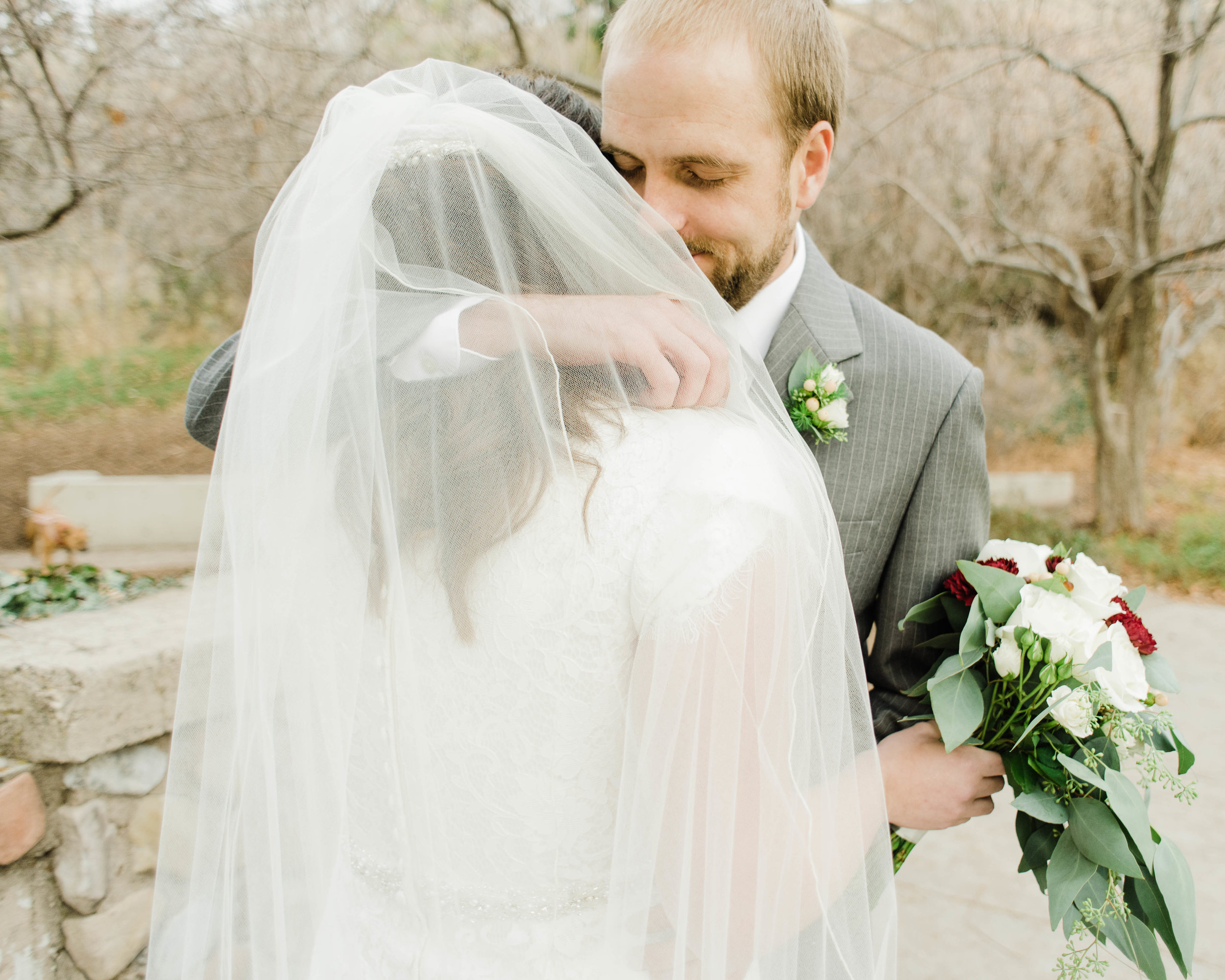 LINDSAY+BRAD-BRIDALS-Sadie_Banks_Photography-23.jpg