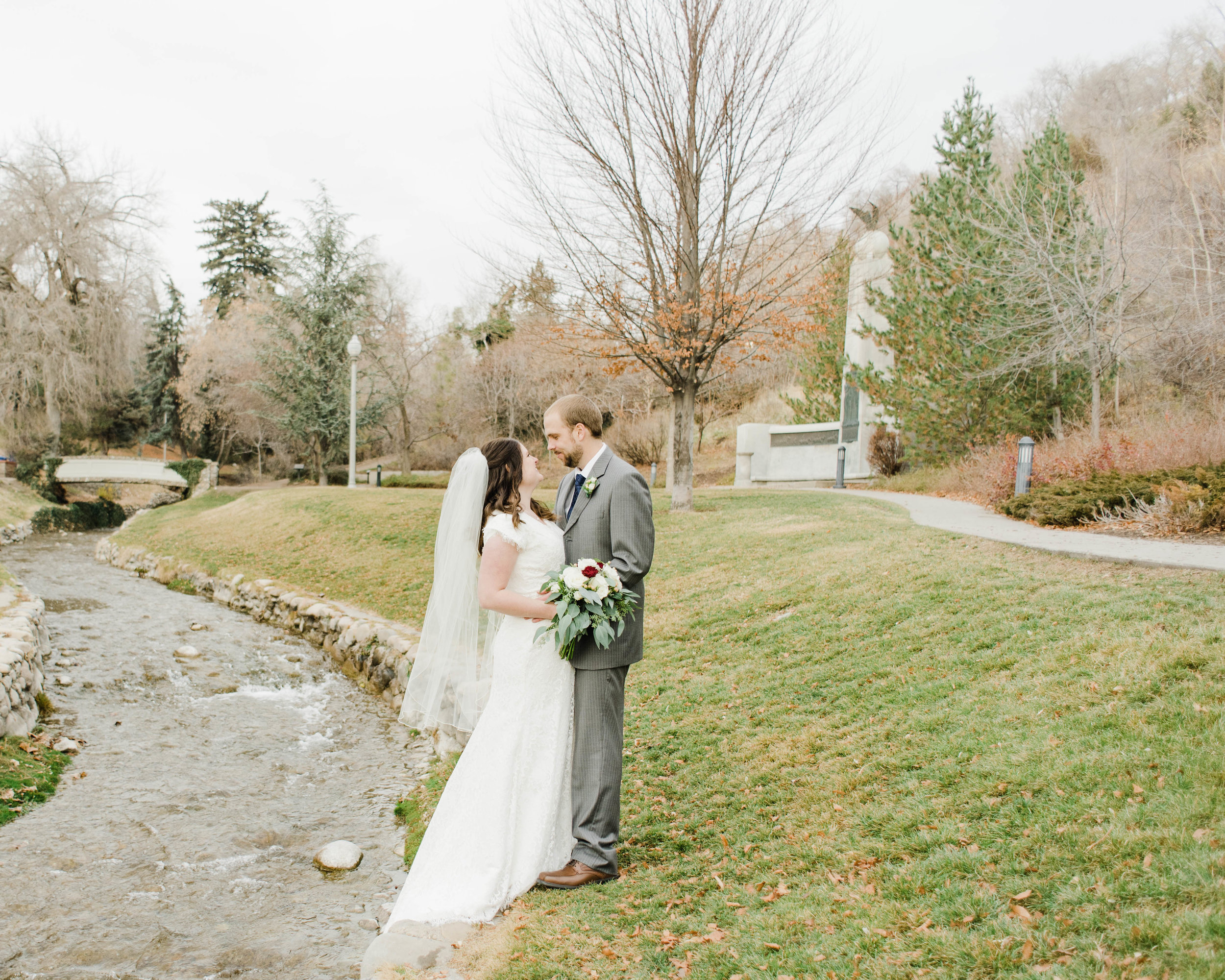 LINDSAY+BRAD-BRIDALS-Sadie_Banks_Photography-35.jpg
