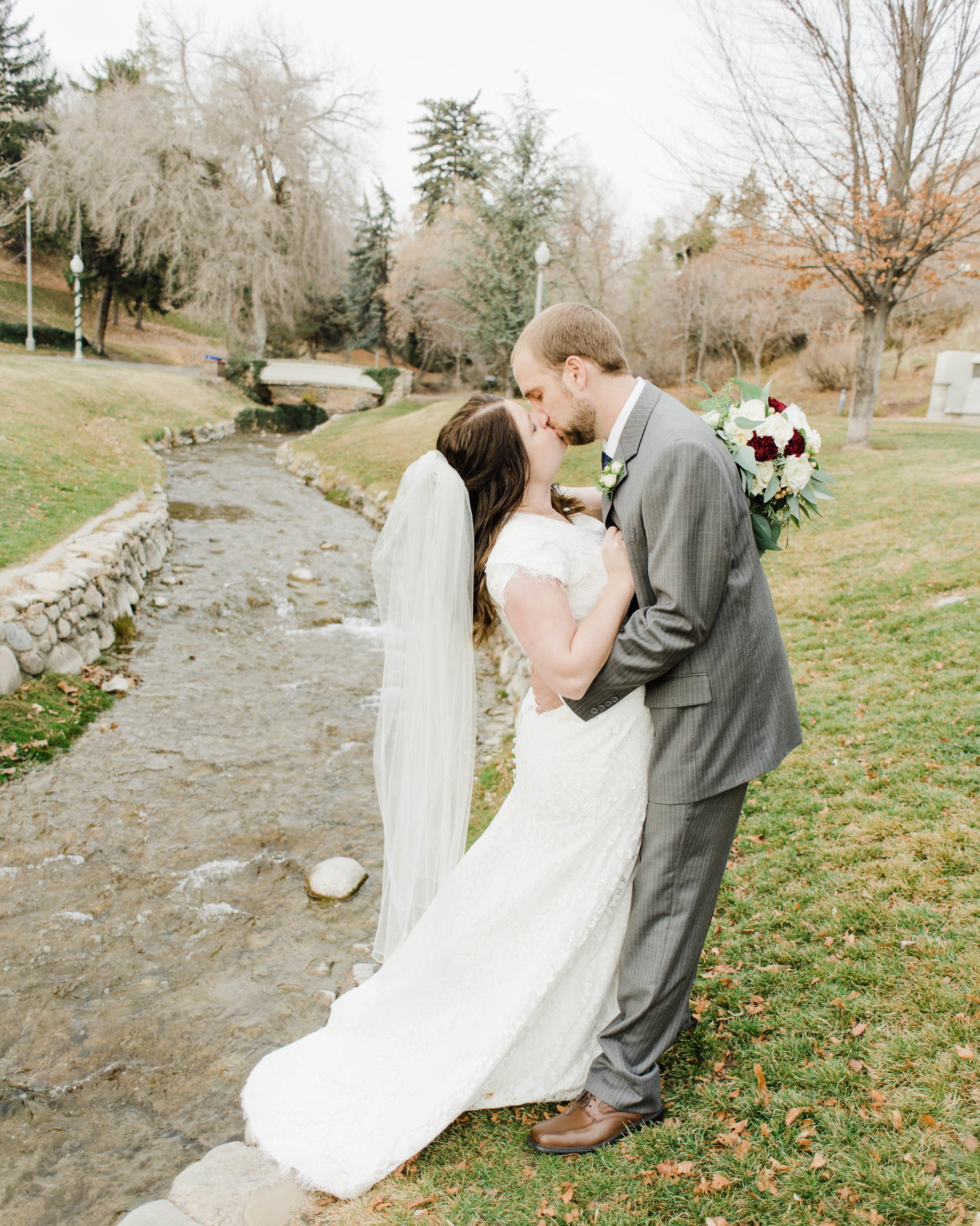 LINDSAY+BRAD-BRIDALS-Sadie_Banks_Photography-56.jpg