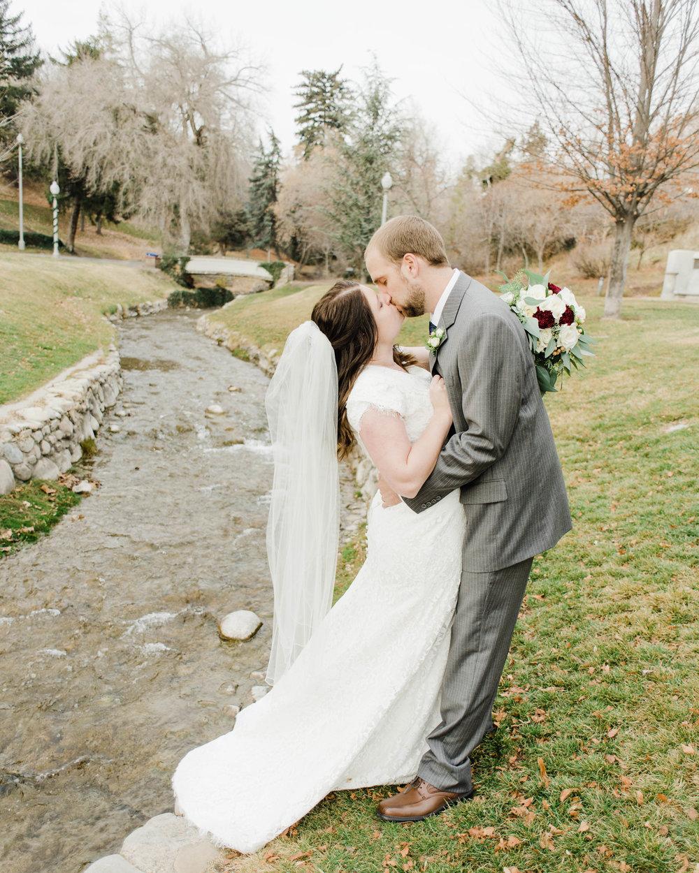 LINDSAY+BRAD-BRIDALS-Sadie_Banks_Photography-56.jpg
