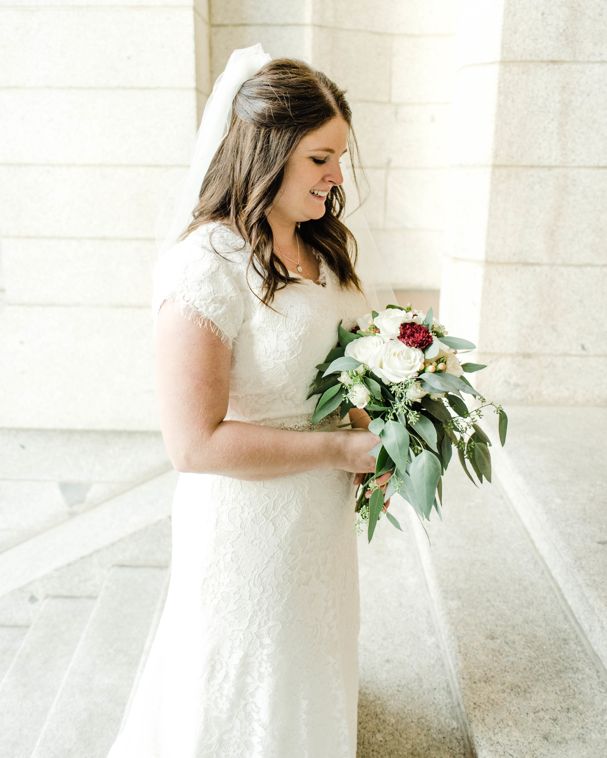 LINDSAY+BRAD-BRIDALS-Sadie_Banks_Photography-104.jpg