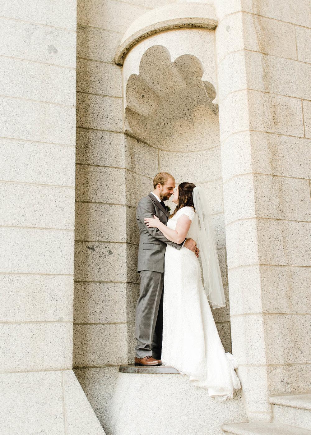 LINDSAY+BRAD-BRIDALS-Sadie_Banks_Photography-120.jpg