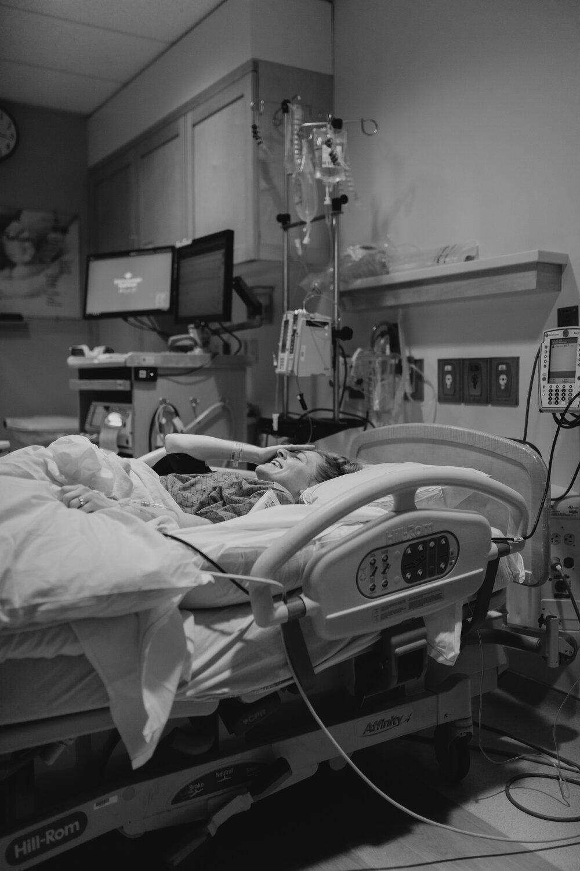 birth story photos | alice shoots people | utah birth story