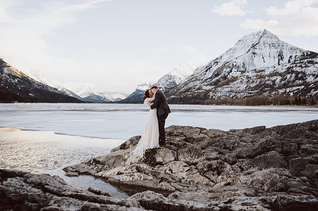 been a while since I posted a wedding photo... let me know what kind of content you want me to post! • • • • • #watertonlakesnationalpark #waterton #travels #explore #travelalberta #explorecanada #wedding #bridals #weddingphotography #albertaweddingphotographer #watertonweddingphotographer #banffweddingphotographer #calgaryweddingphotographer #utahweddingphotographer #californiaweddingphotographer #weddingfeature #greenweddingshoes #junebugweddings #winterwedding #weddingphotographer #weddingwire #weddingday #weddingphoto #bride #canada #sonyalpha #zeiss #elopement #elopementphotographer