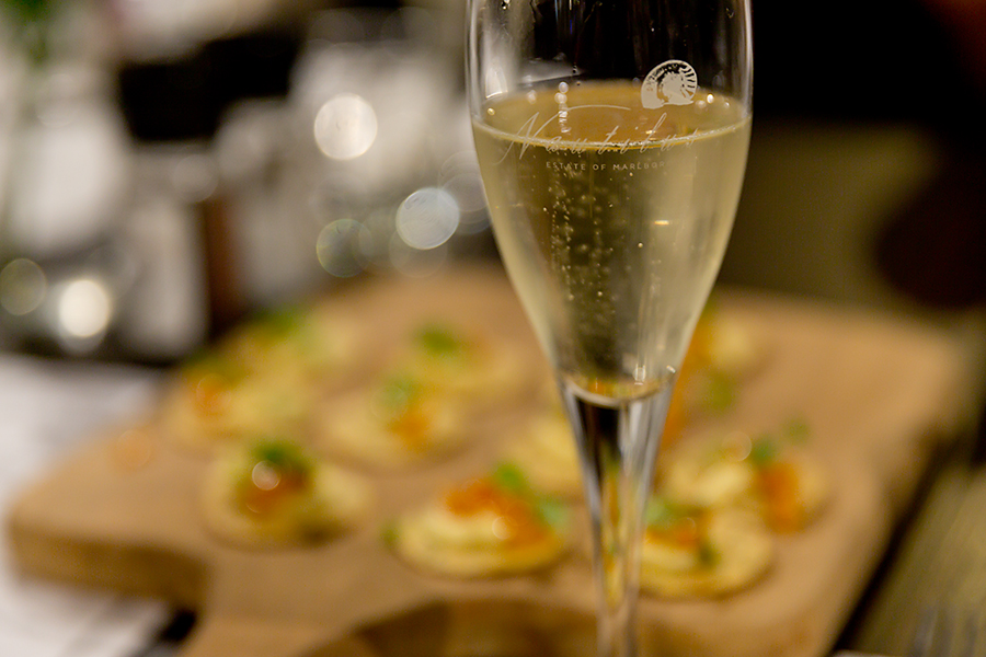 We started the evening with the Nautilus Cuvee Marlborough Brut NV served with absolutely amazing mouthfuls of Havarti cheese mousse with orange apricot marmalade on seeded crackers...... sooo good. Love my Havarti!