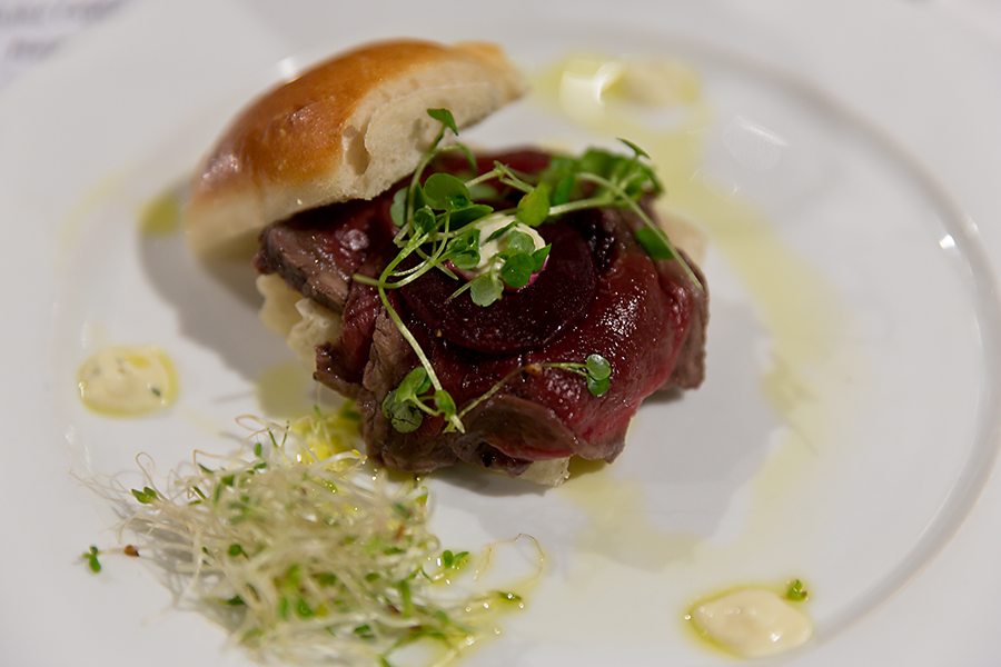 Venison Carpaccio marinated in a red wine and anise with beetroot discs, horseradish cream and served on a fresh bun... served with Nautilus Pinot Noir - now, I've never liked red wines, but I also haven't tried one since late the 90's - wow, not like the heavy rubbery burnt tastes of old.... much better, but still not for me....