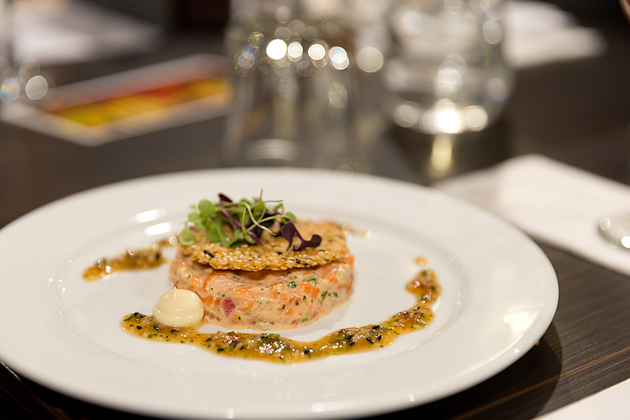 Next up was a wonderful Salmon Tartar with a sesame chilli dressing......  served with a lovely Rose