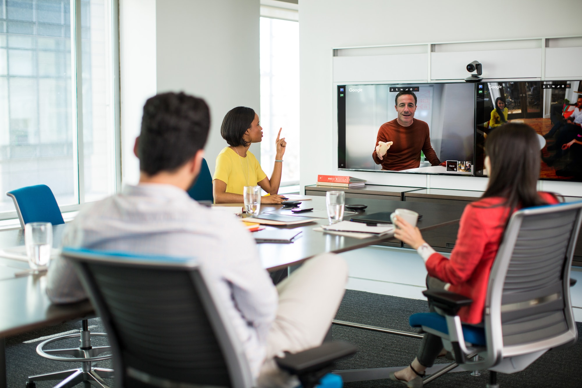 lifesize video-conferencing.jpg