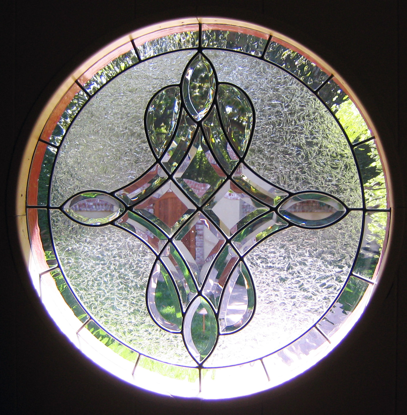bevel cluster glue chip glass cicrcle round beveled leaded glass stained glass window palo alto atherton california san francisco.jpg