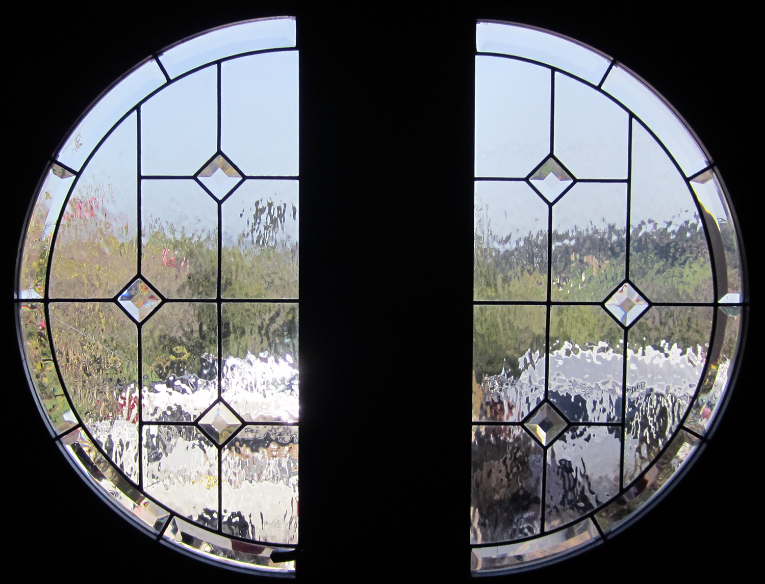 clear textured glass water glass geometric beveled square pencil bevel clear texture leaded glass stained glass window palo alto atherton california san francisco san jose legacy glass.jpg