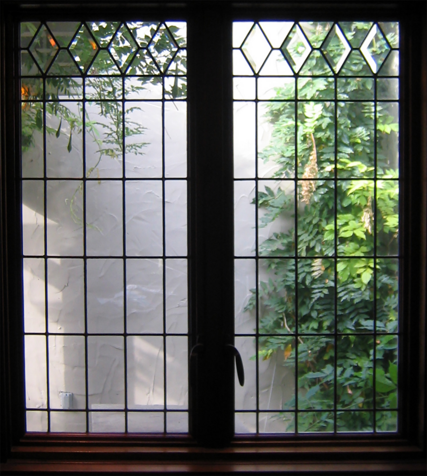 traditional diamond leaded glass stained glass studio palo alto atherton california san francisco san jose legacy glass.jpg