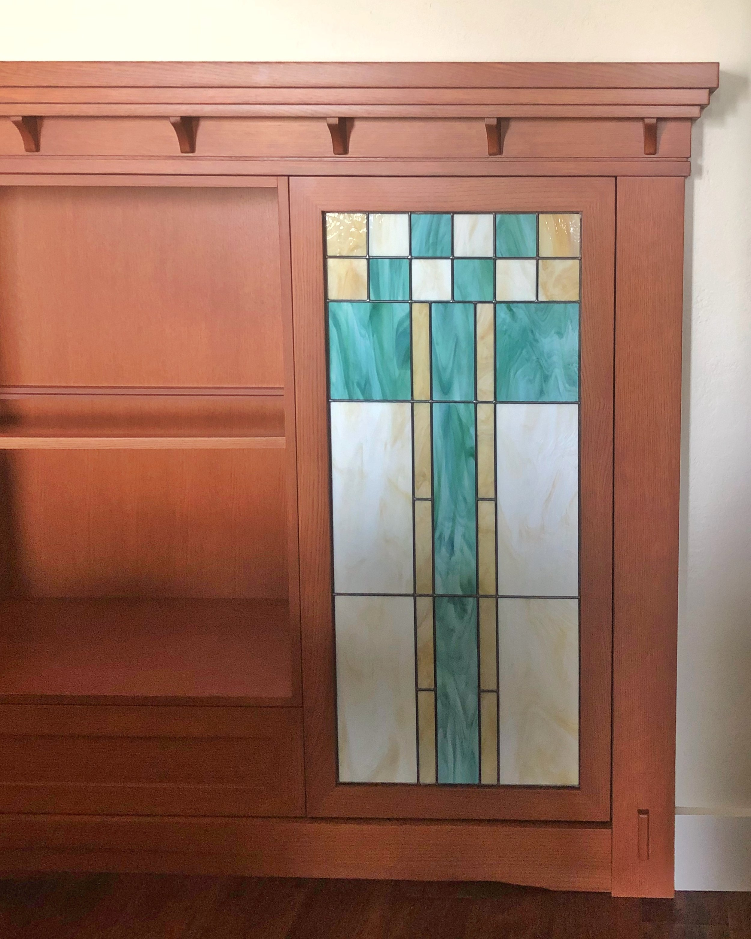 custom stained glass modern craftsman simple design cabinetry nook legacy glass studios california spectrum glass nuetral tones.jpg