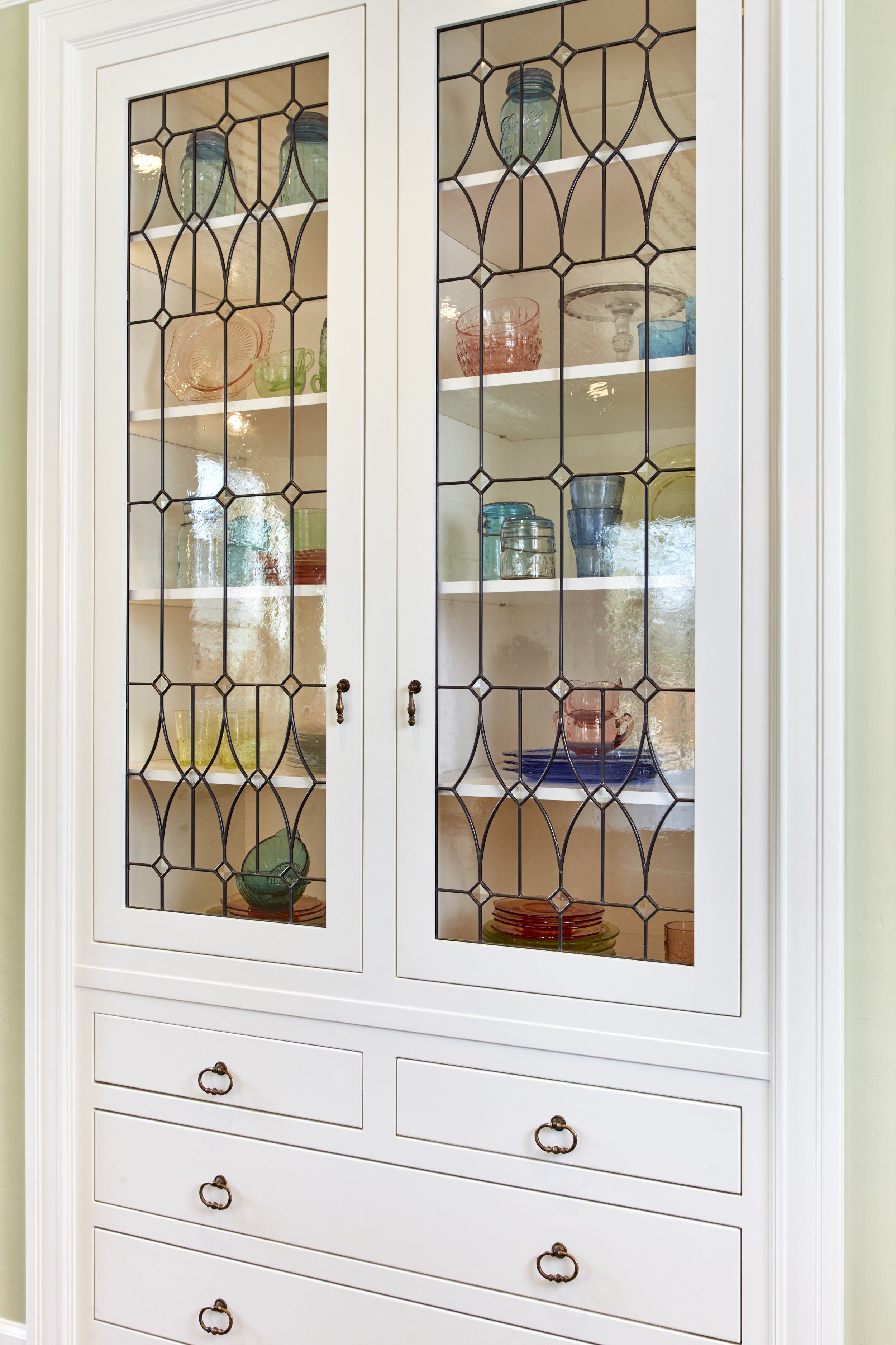 custom stained glass leaded glass traditional curved diamond design dainty elegant legacy glass studios menlo park bay area california custom design installed cabinet glass.jpg