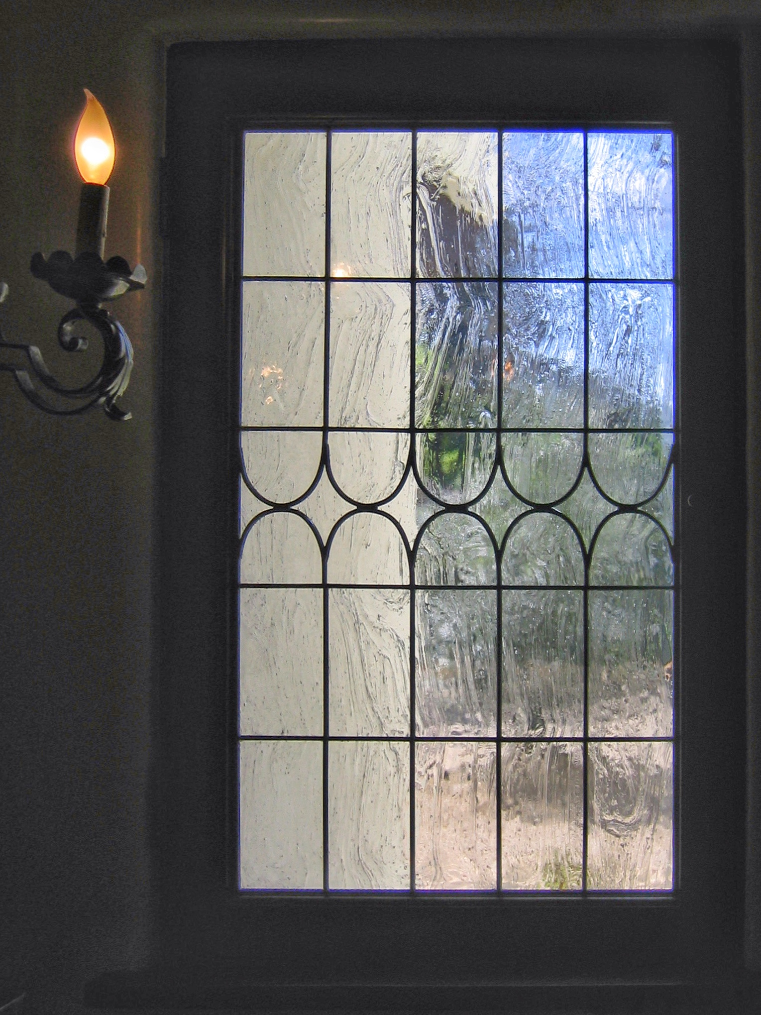 custom stained glass leaded glass window old world glass seeded reamy star diamond linear design legacy glass studios.jpg