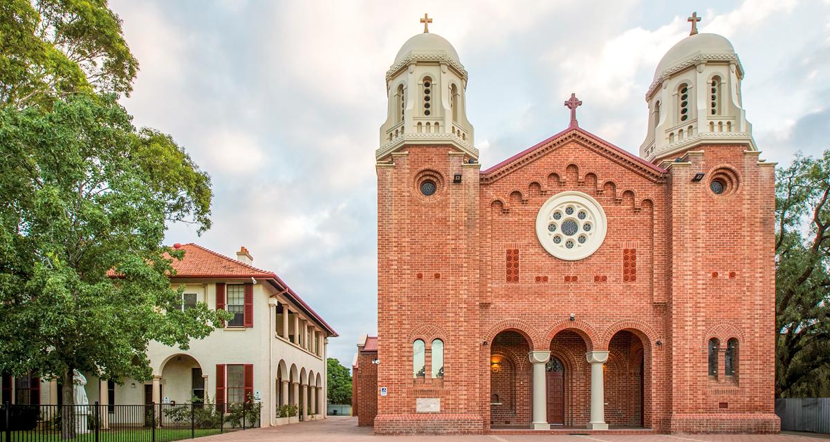Sacred_Heart_Church_Adelaide.jpg