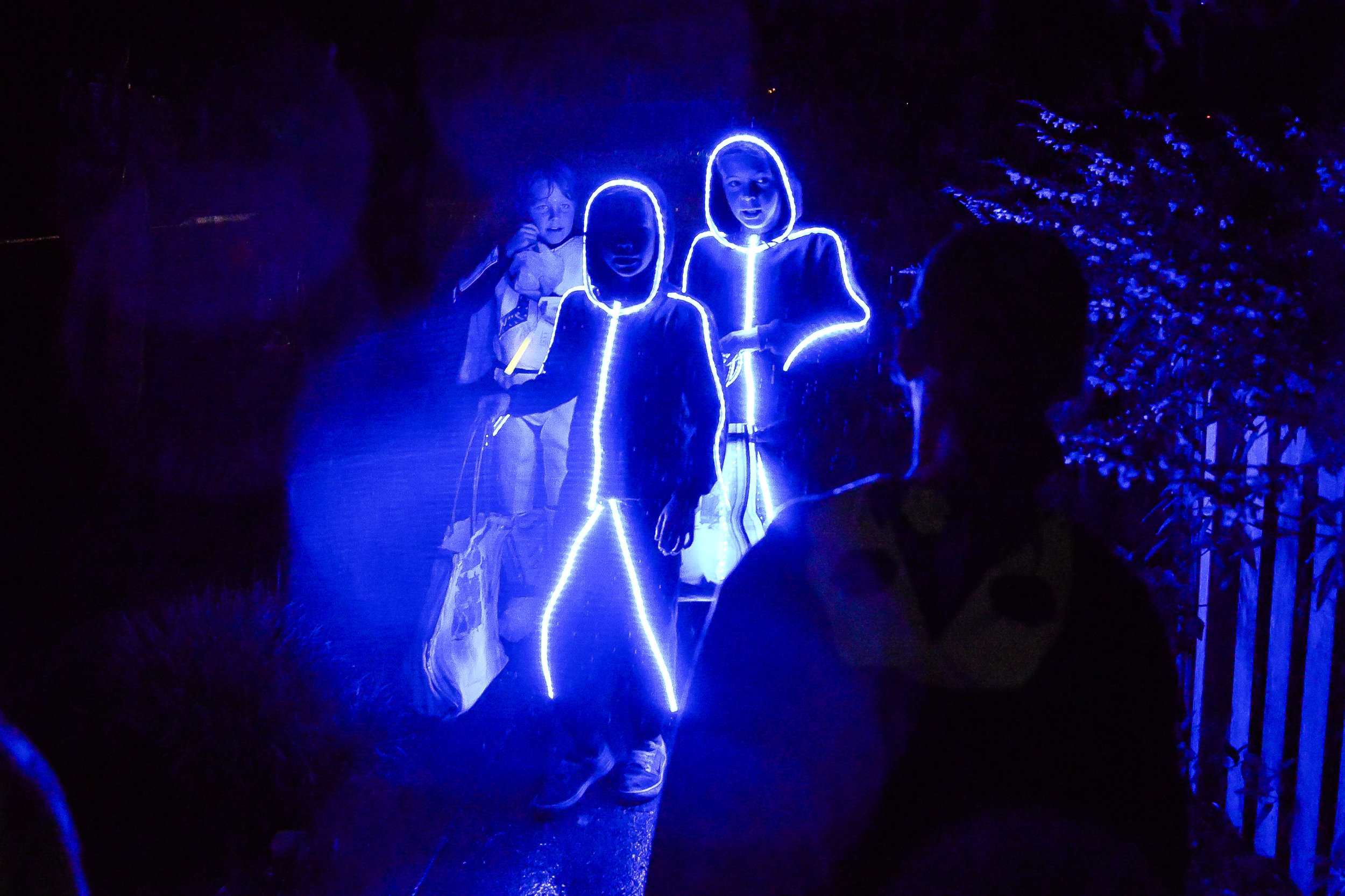 Halloween-blue-glow-1.jpg