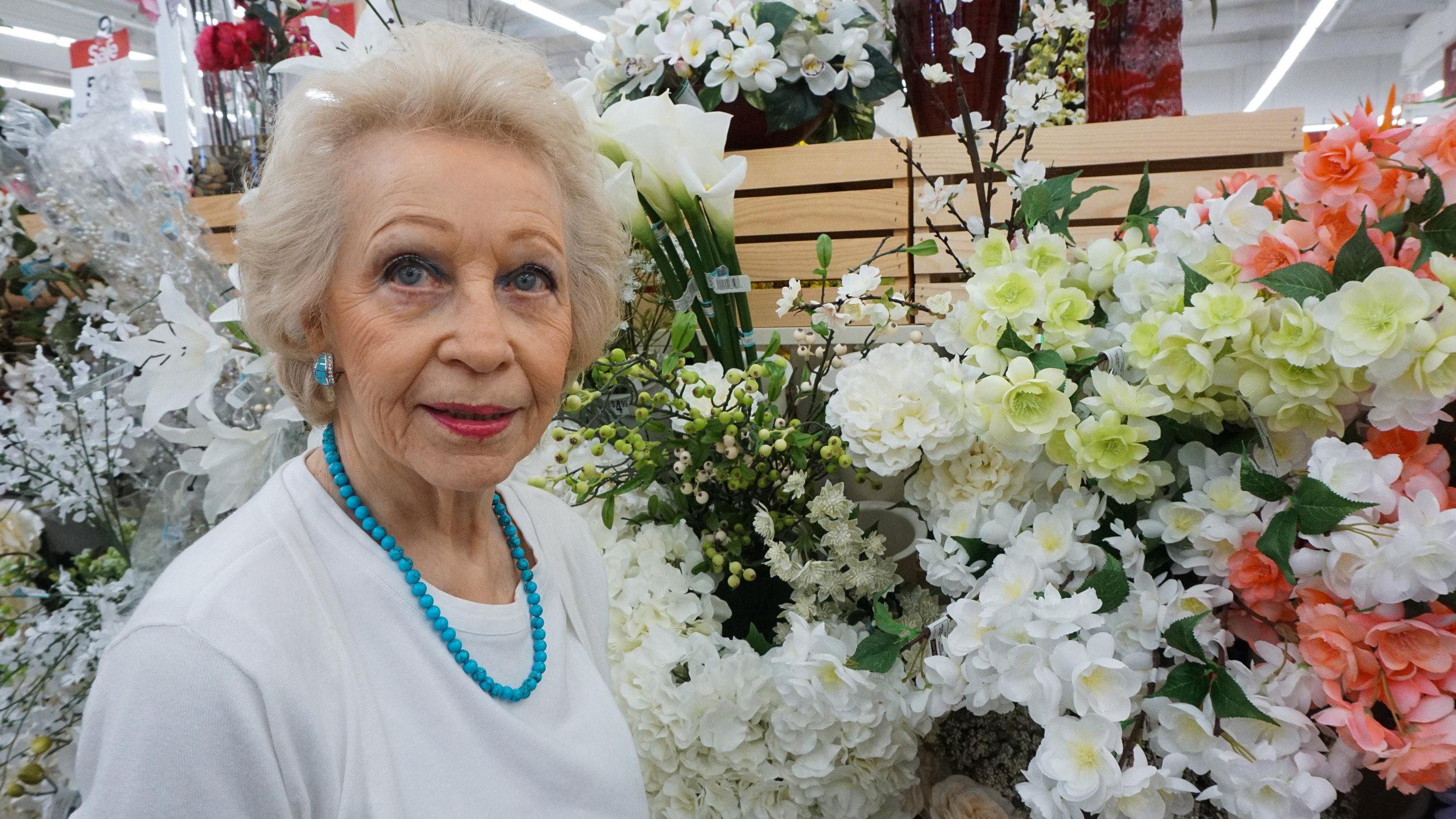 10-White-lady-2-07376.jpg