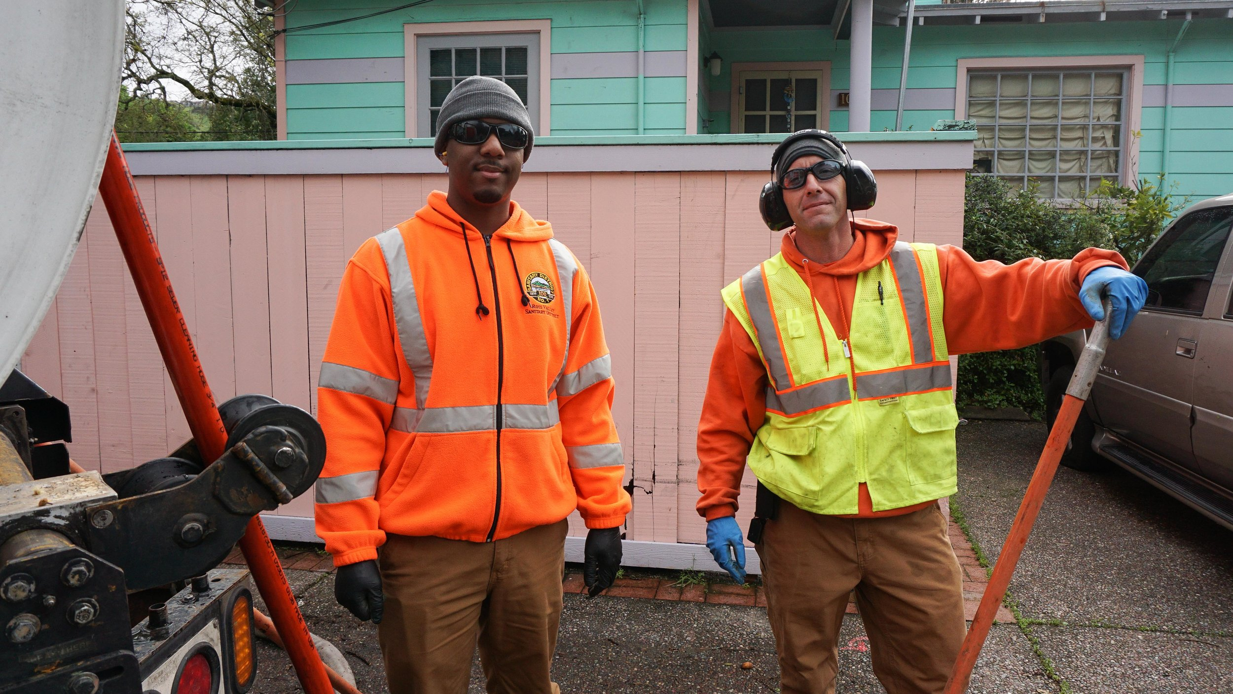 45-Workmen-pink-hse-2-06653.jpg