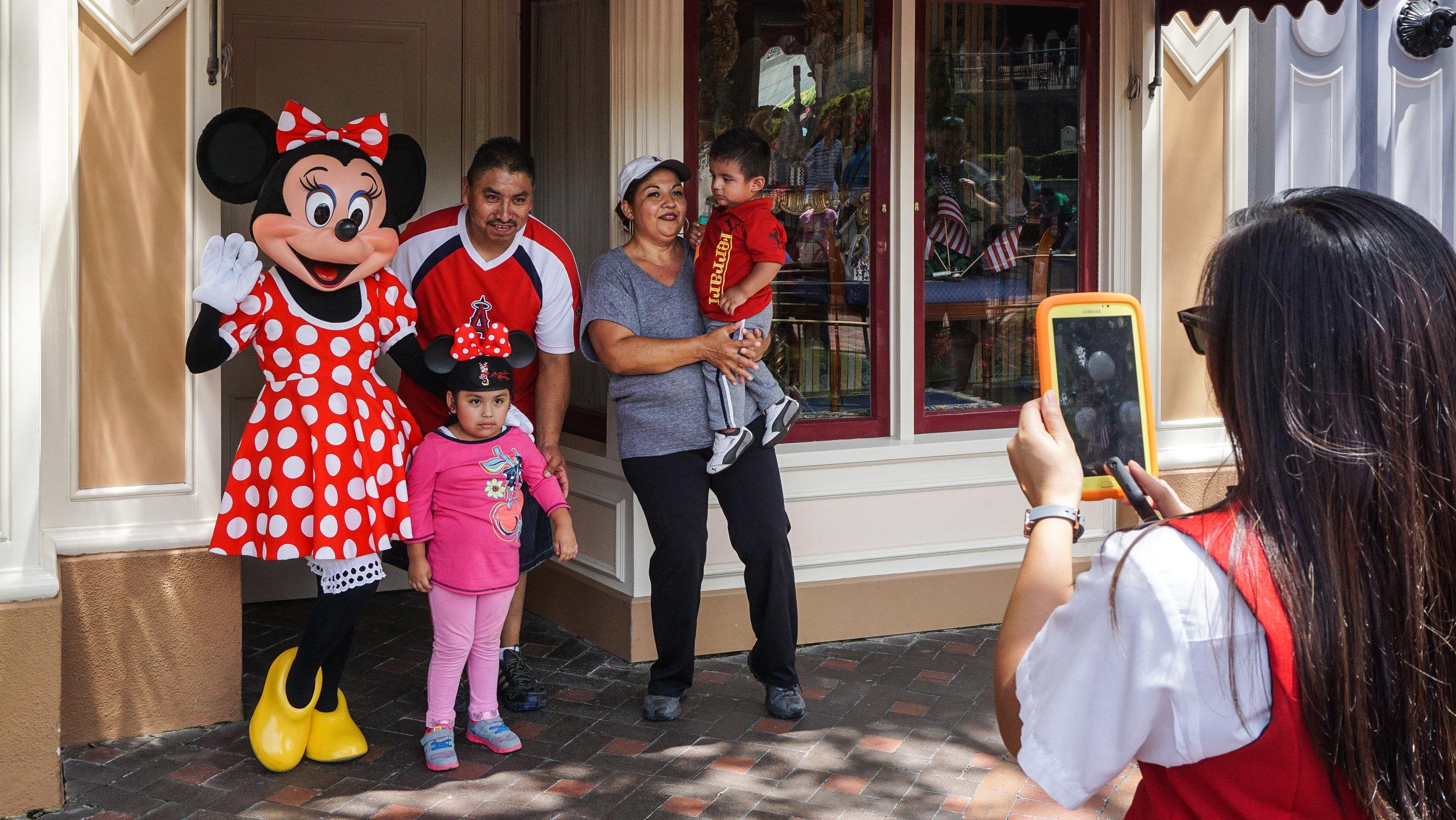 Disney-family-4-05004.jpg